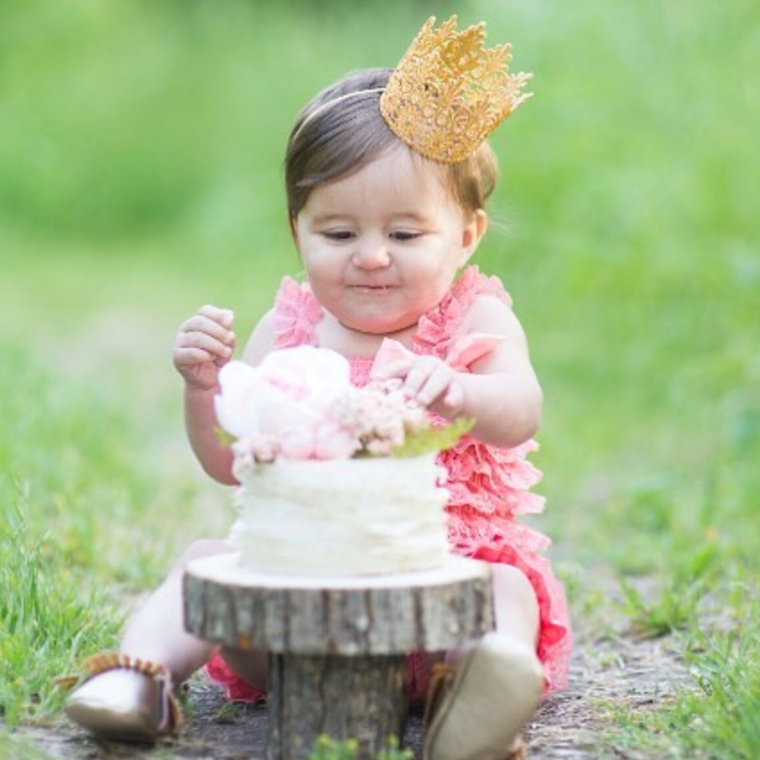 Raven Boutique - Handmade crowns for babies and up!