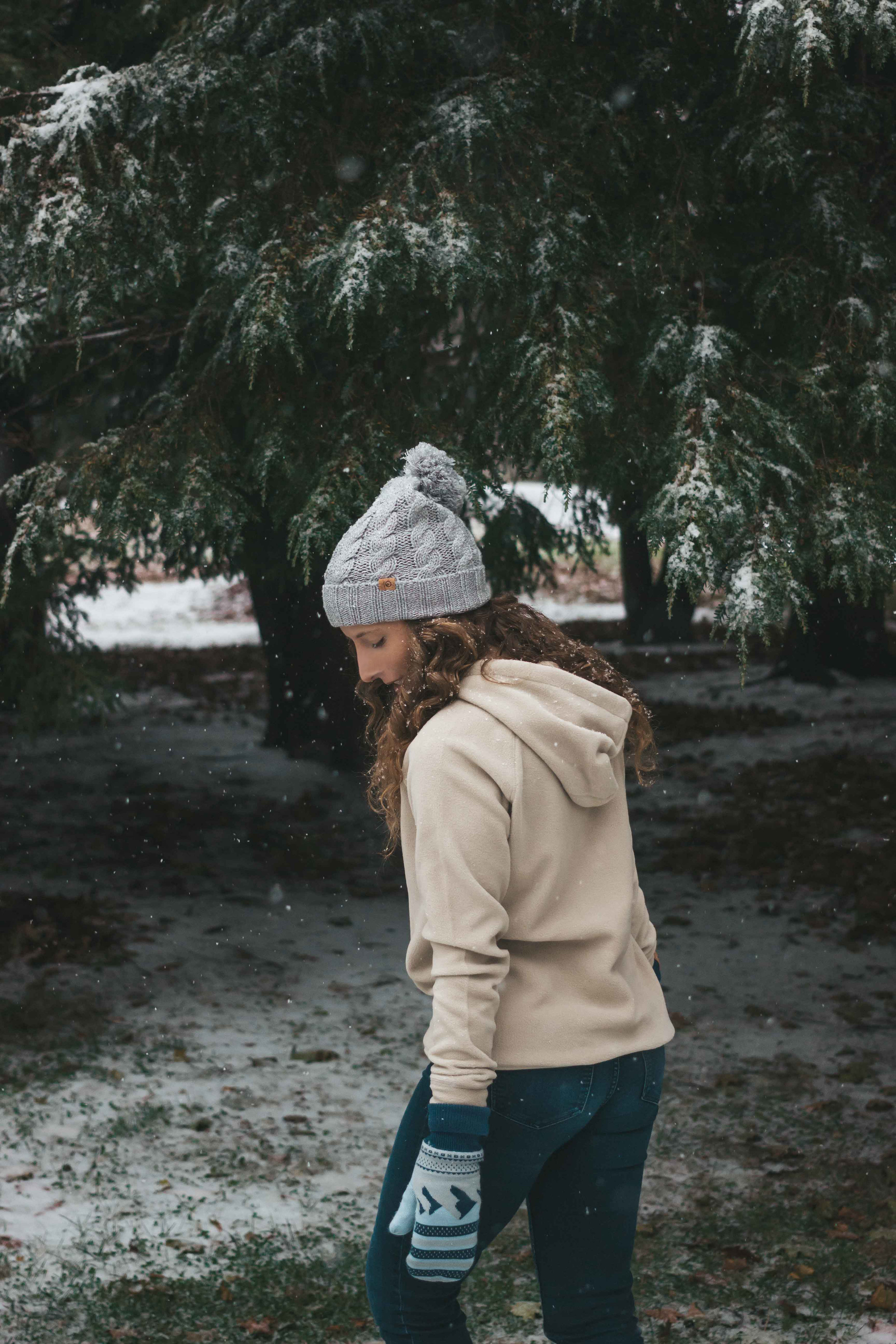 Get Outside This Holiday Season: Sustainable Outdoor Gear For Enjoying The Great Outdoors - The Well Essentials