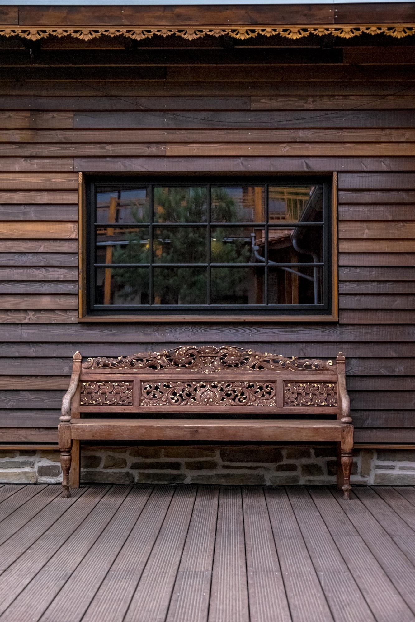 the dark wooden Bali inspired spa vabali