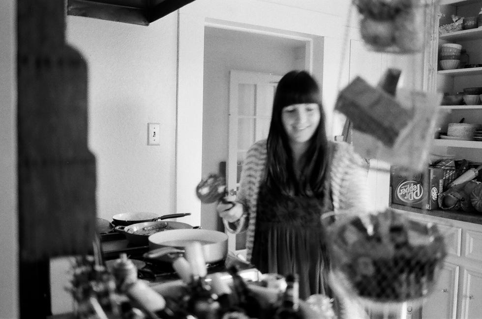 Mae Burke Motherhood Photographer Everyday Moments on Film-17.JPG