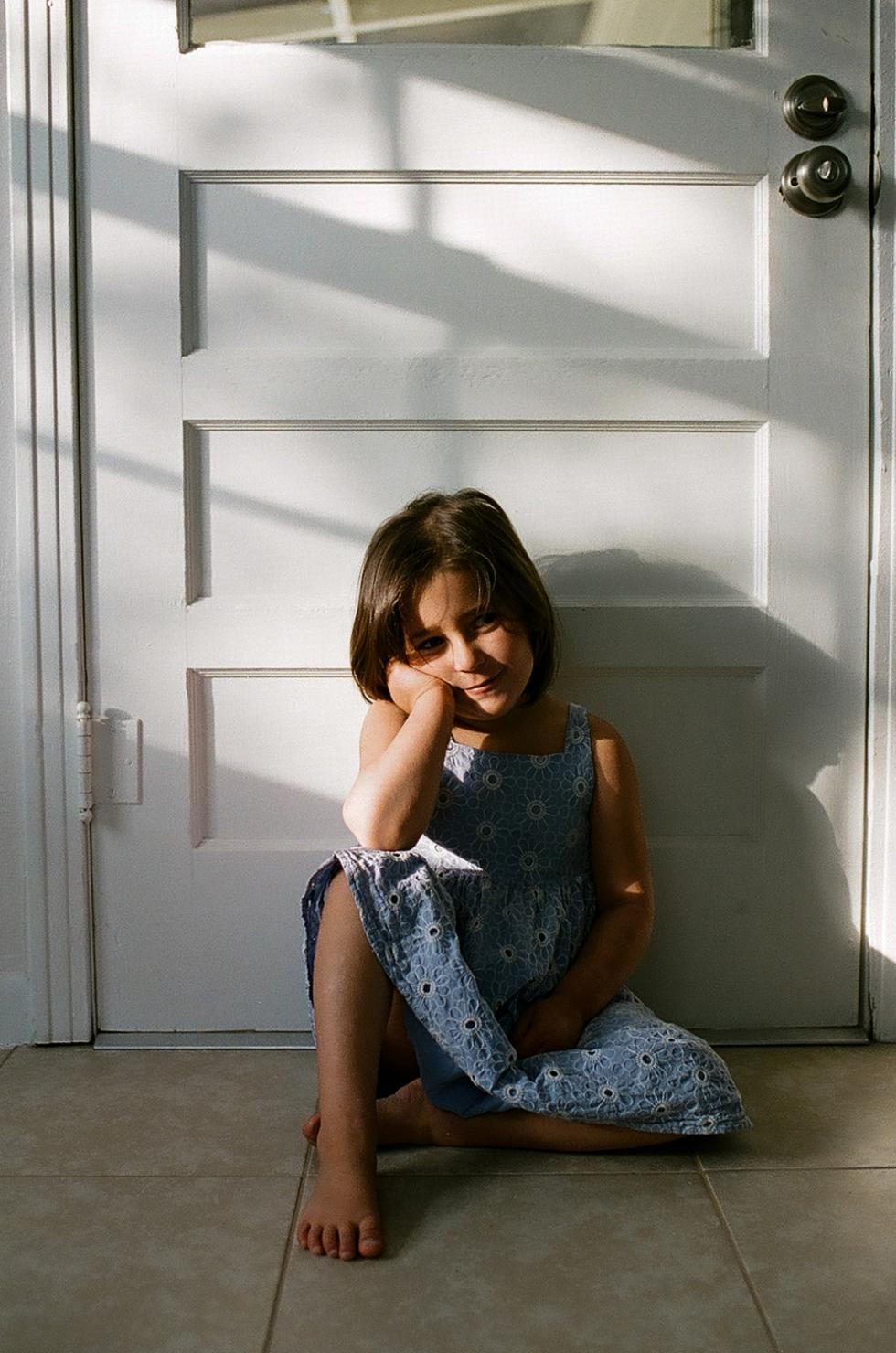 Mae Burke Motherhood Photographer Everyday Moments on Film-69.JPG
