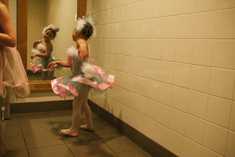 Mae Burke Motherhood Photographer First Ballet Recital_0100.jpg