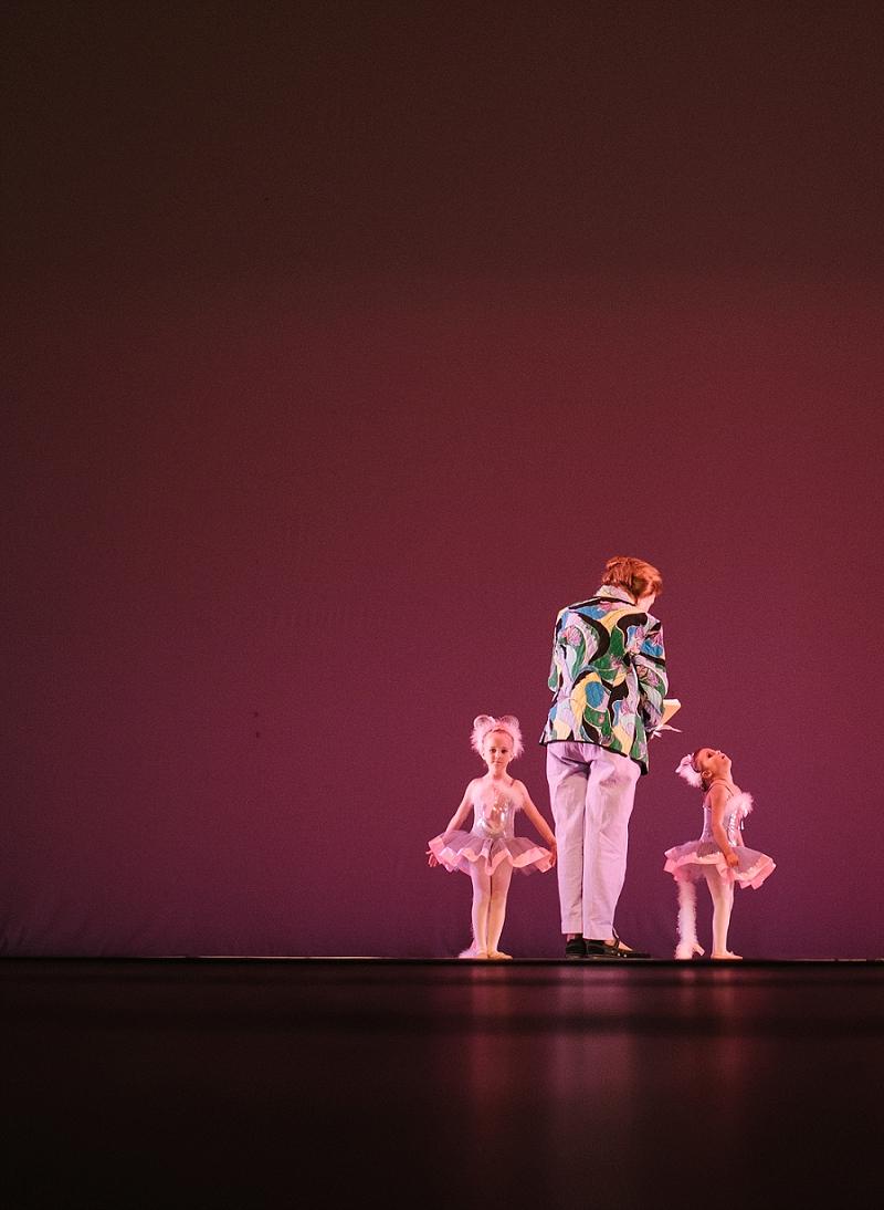 Mae Burke Motherhood Photographer First Ballet Recital_0103.jpg