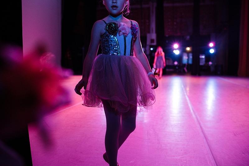 Mae Burke Motherhood Photographer First Ballet Recital_0106.jpg
