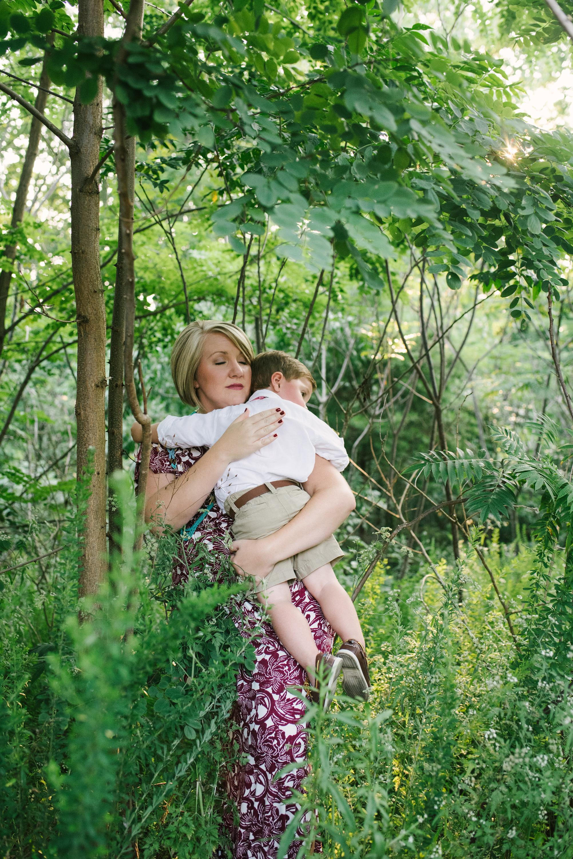 Mae Burke Motherhood Photographer Family Session in Alabama-8.JPG