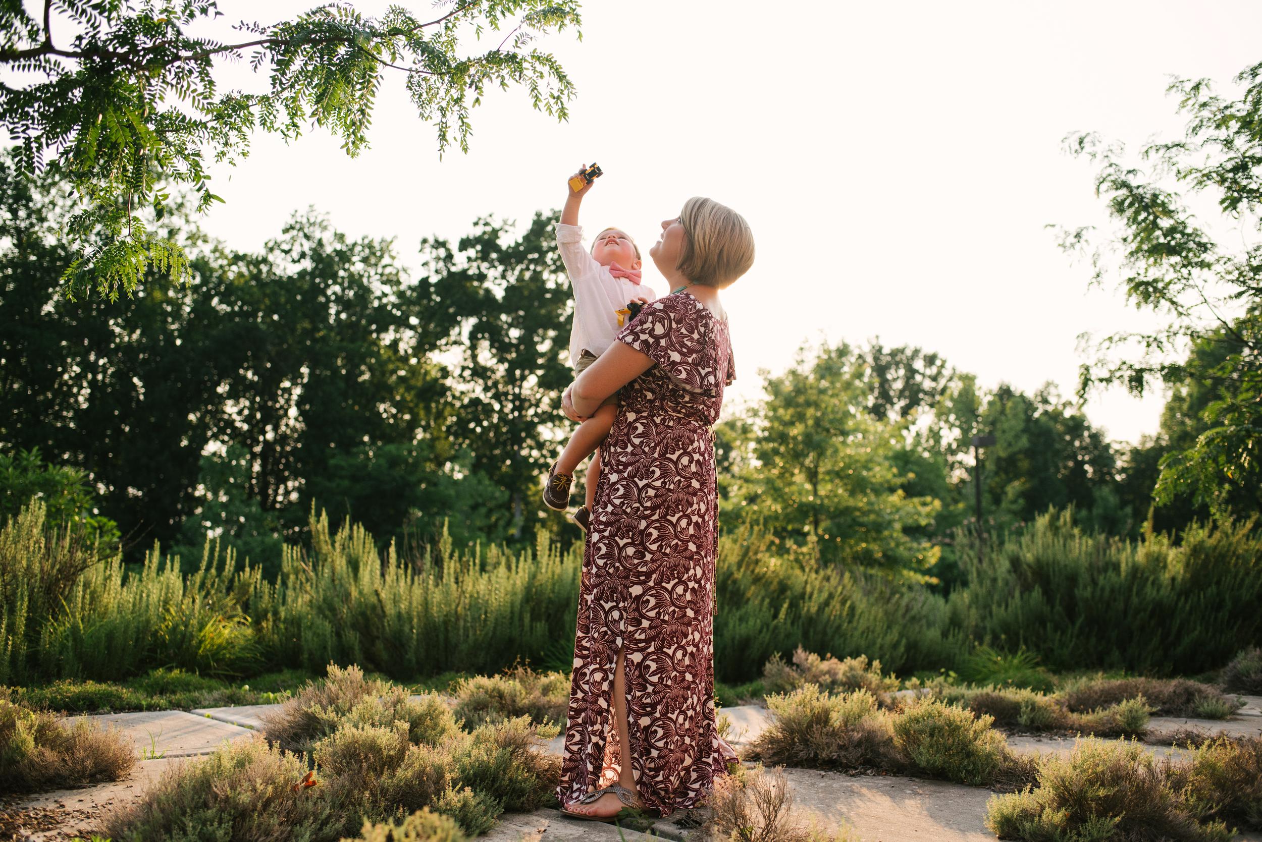 Mae Burke Motherhood Photographer Family Session in Alabama-16.JPG