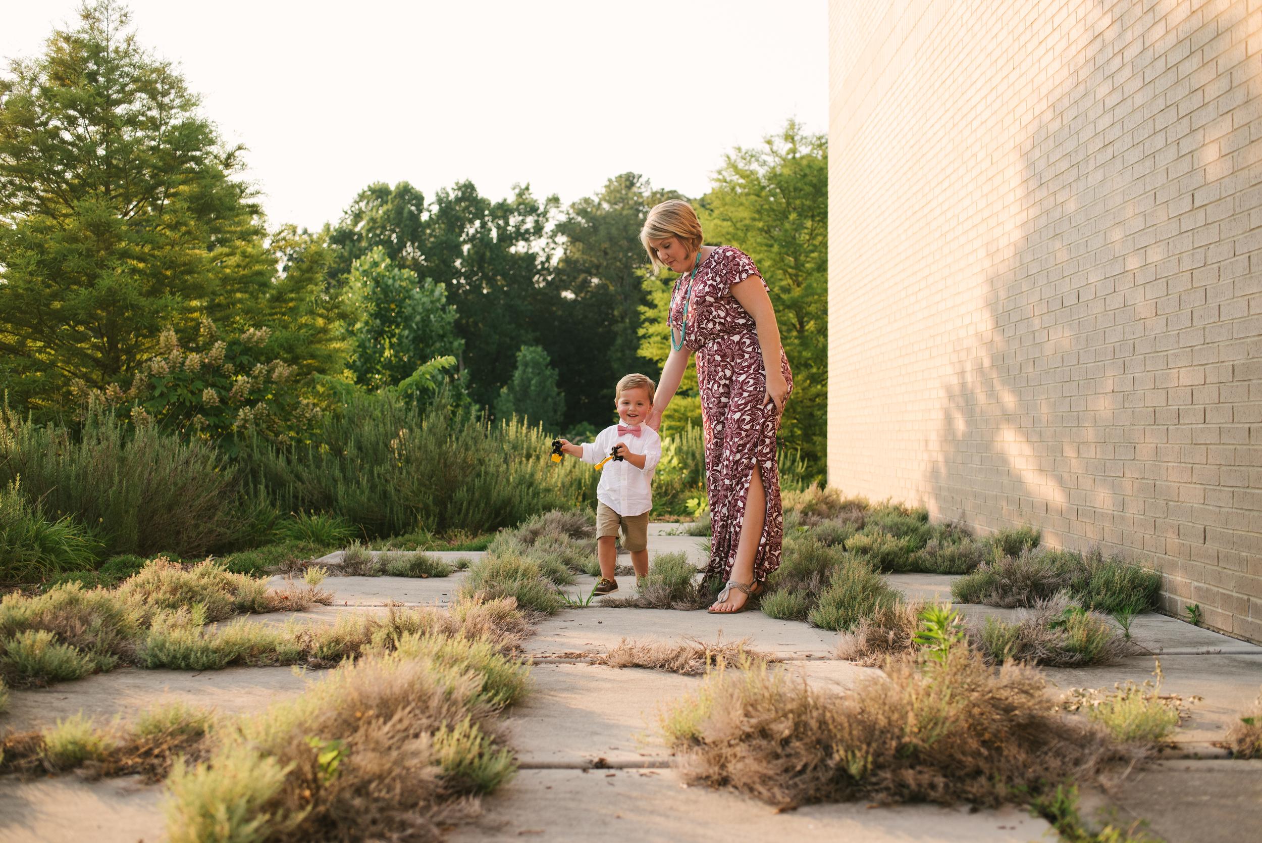 Mae Burke Motherhood Photographer Family Session in Alabama-18.JPG