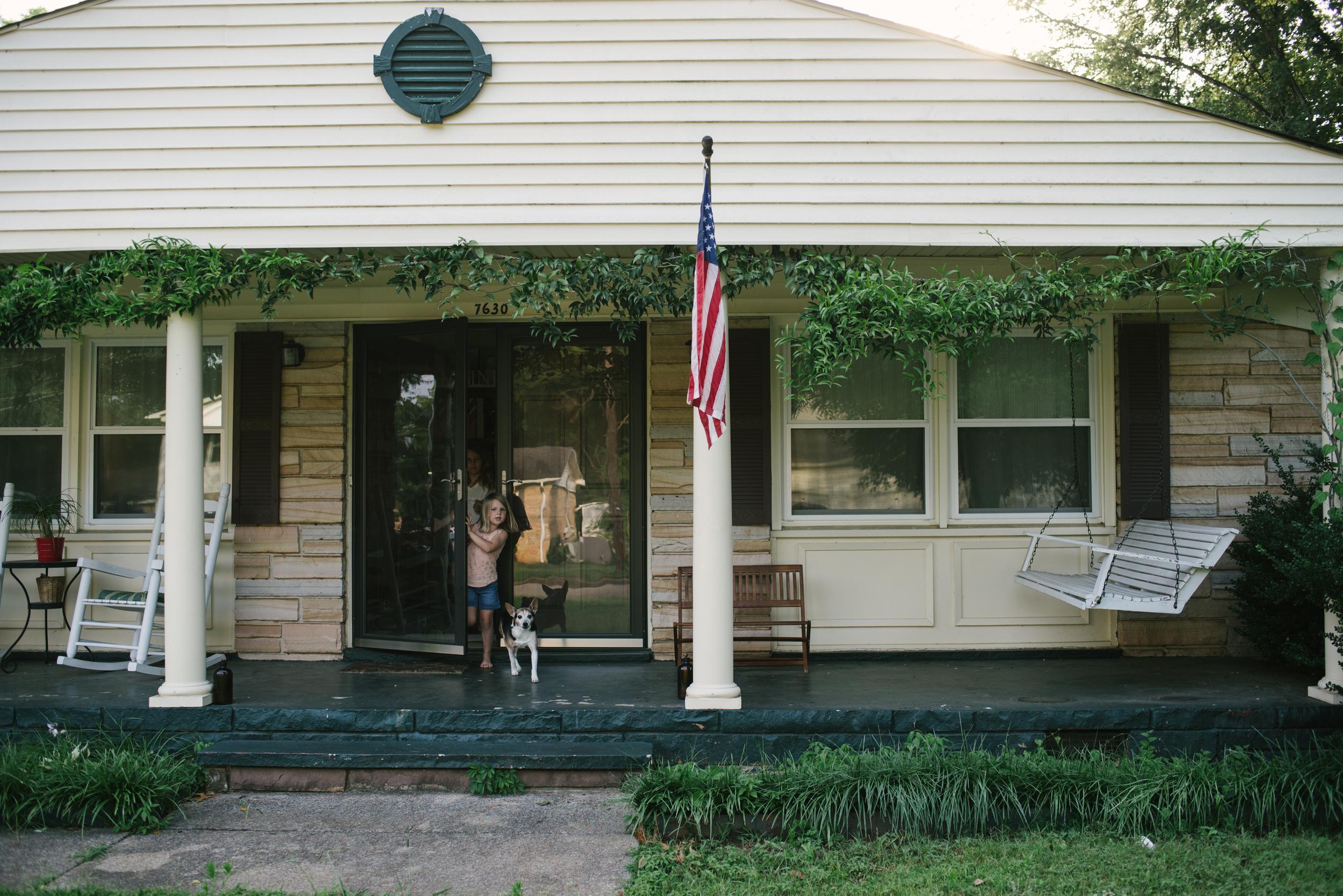 Mae Burke Motherhood Photographer Family Session at Home in Alabama-1.JPG