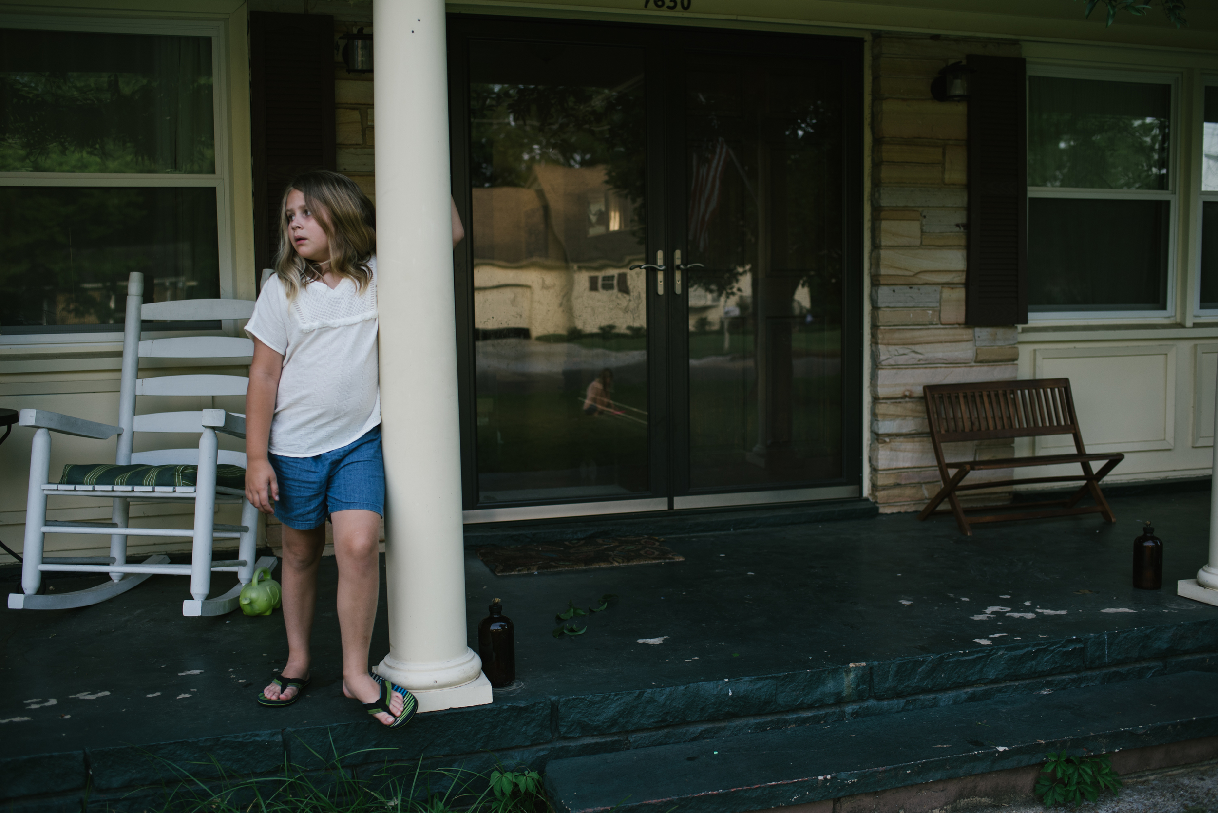 Mae Burke Motherhood Photographer Family Session at Home in Alabama-5.JPG