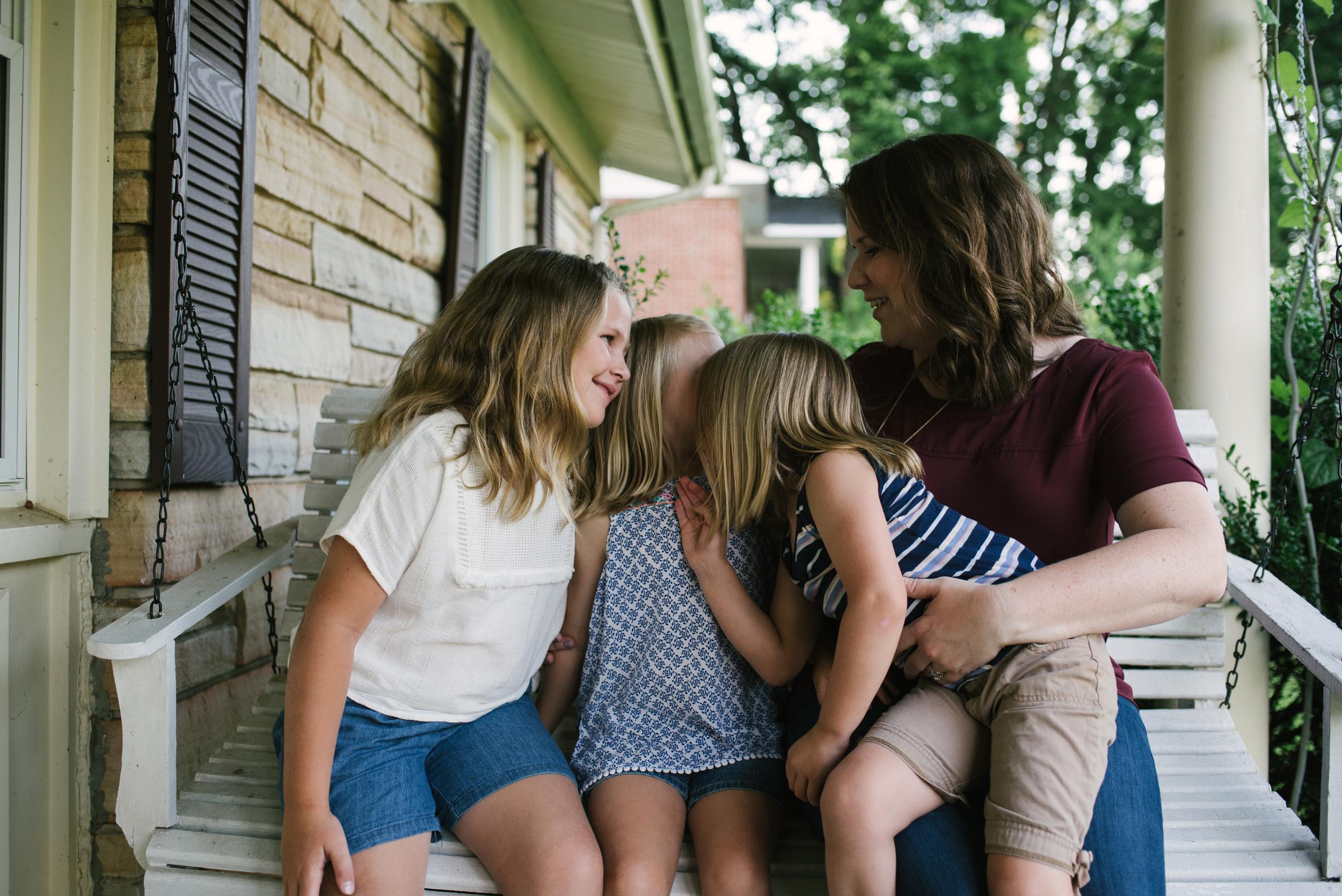 Mae Burke Motherhood Photographer Family Session at Home in Alabama-8.JPG