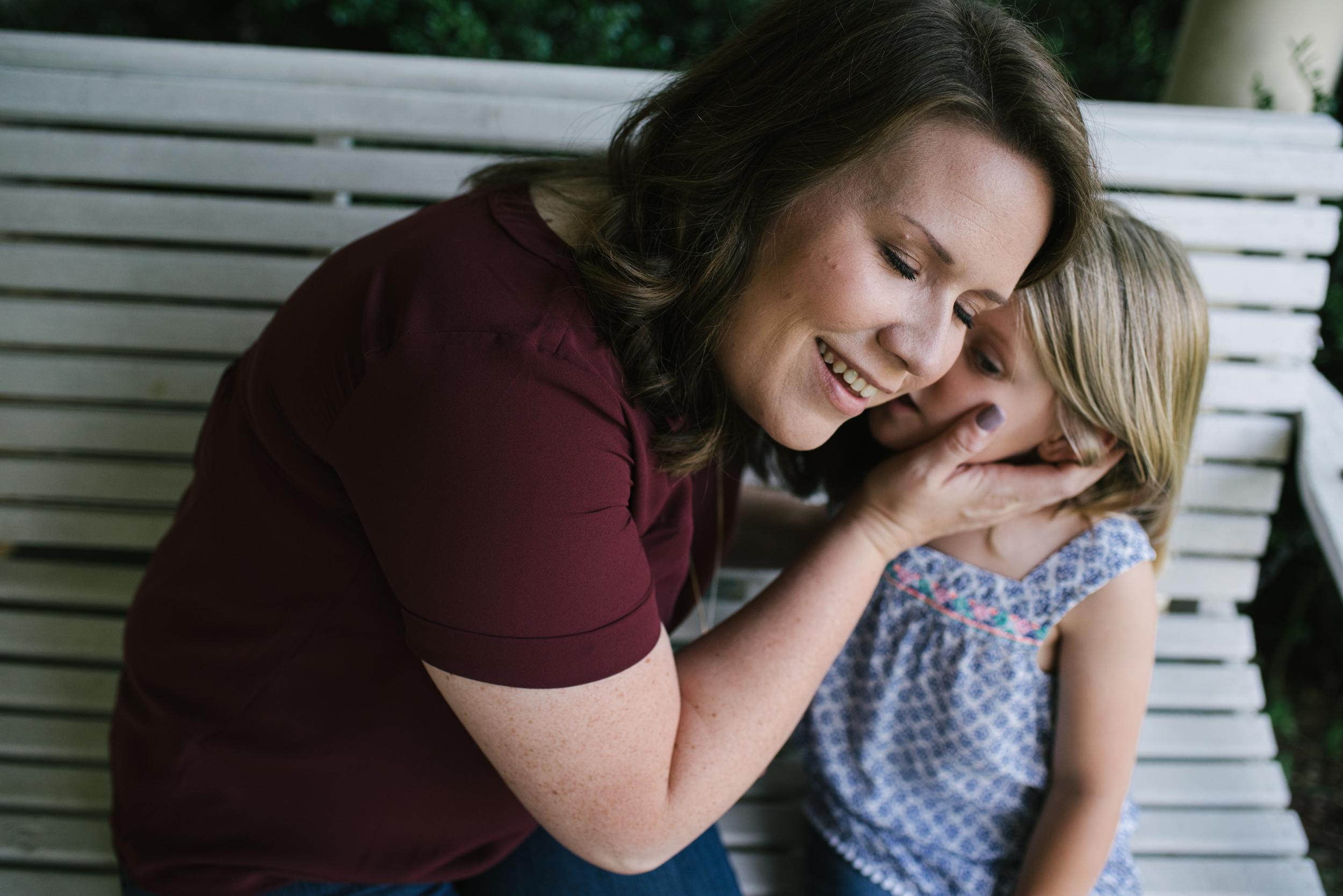 Mae Burke Motherhood Photographer Family Session at Home in Alabama-13.JPG