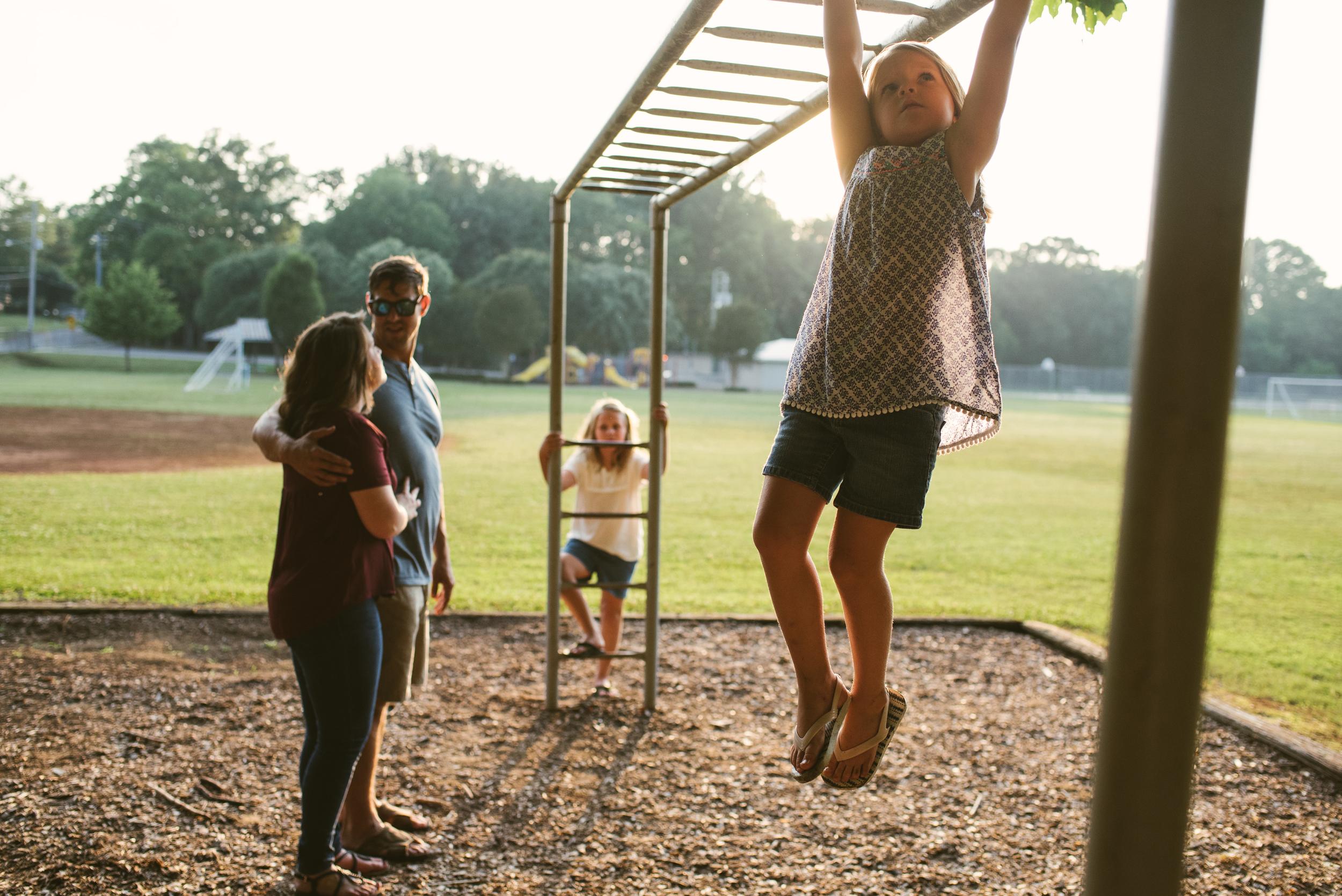 Mae Burke Motherhood Photographer Family Session at Home in Alabama-42.JPG