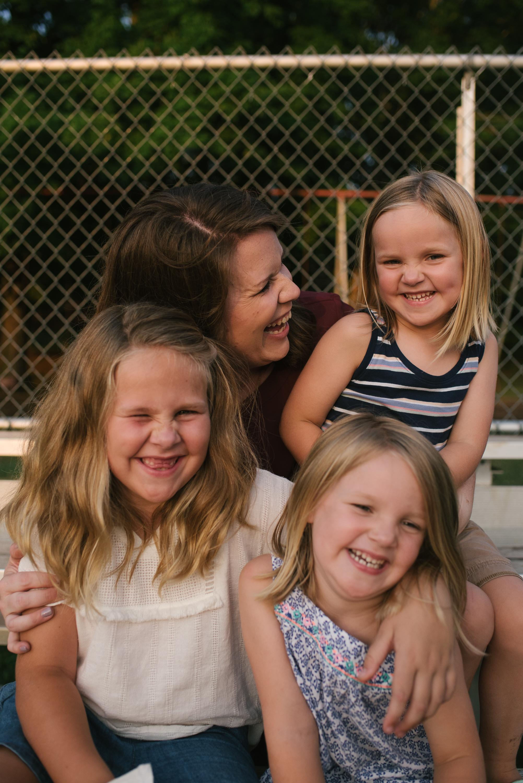 Mae Burke Motherhood Photographer Family Session at Home in Alabama-49.JPG