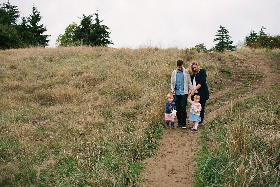 Mae Burke Fall Seattle Family Session Twins at Discovery Park-37.JPG