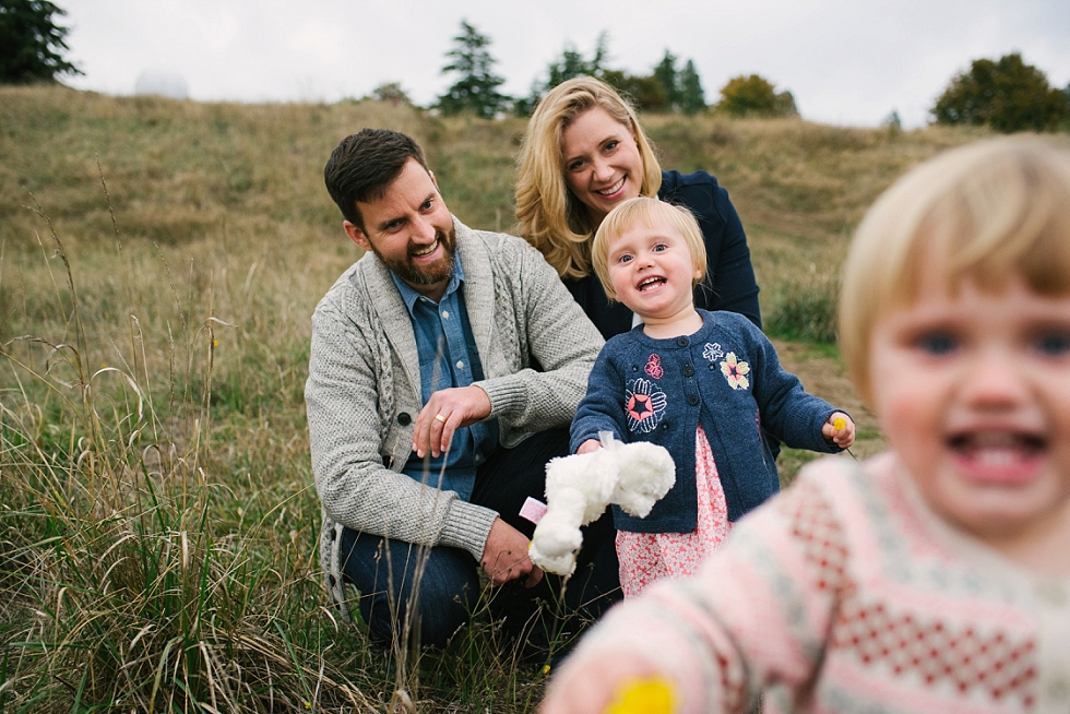 Mae Burke Fall Seattle Family Session Twins at Discovery Park-42.JPG