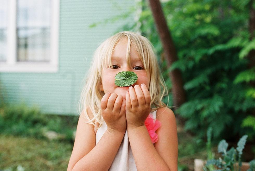 Mae Burke Motherhood Photographer Everyday Moments on Film_0001.jpg
