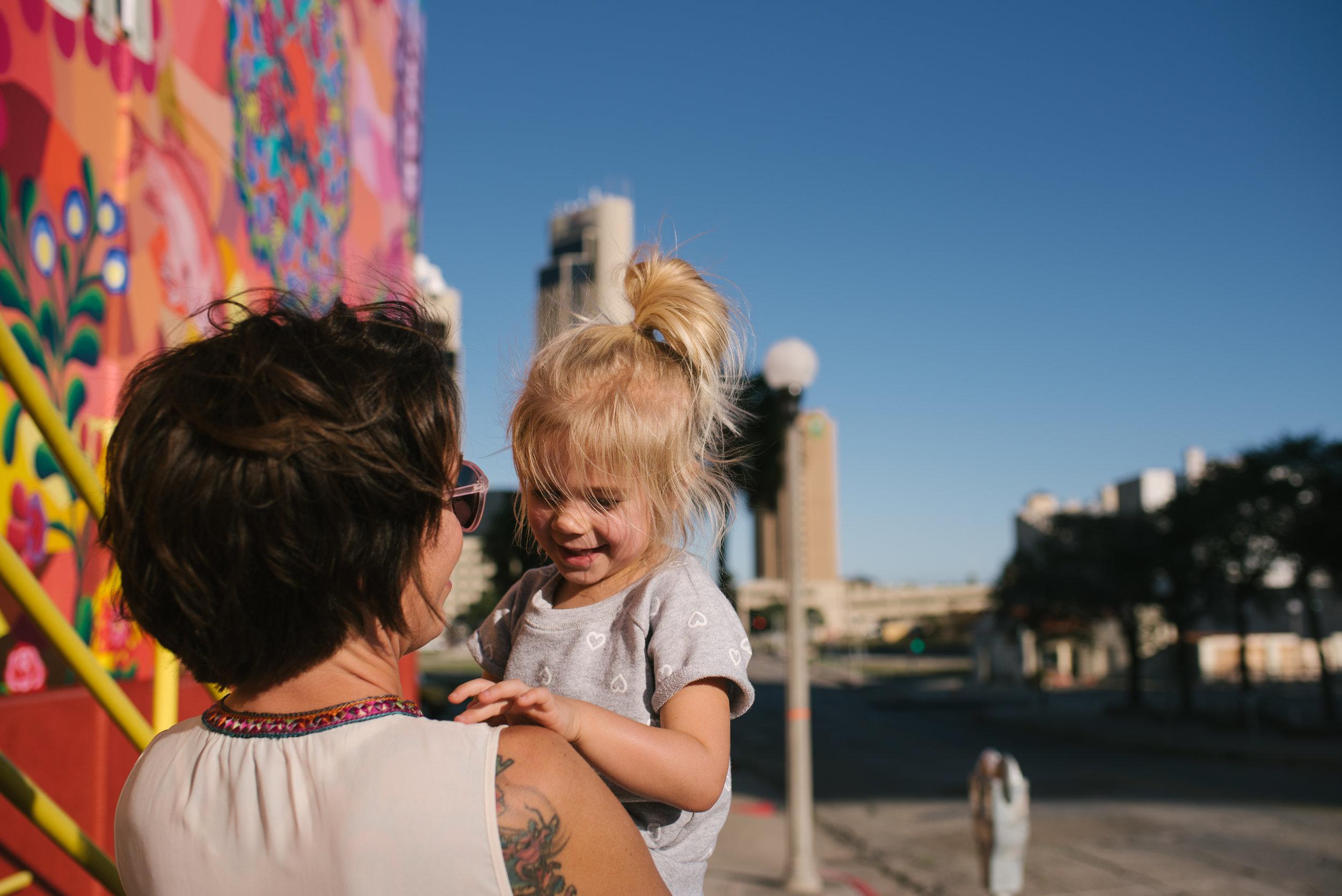 Mae Burke Photography Family Enjoying Downtown Corpus Christi-5.JPG