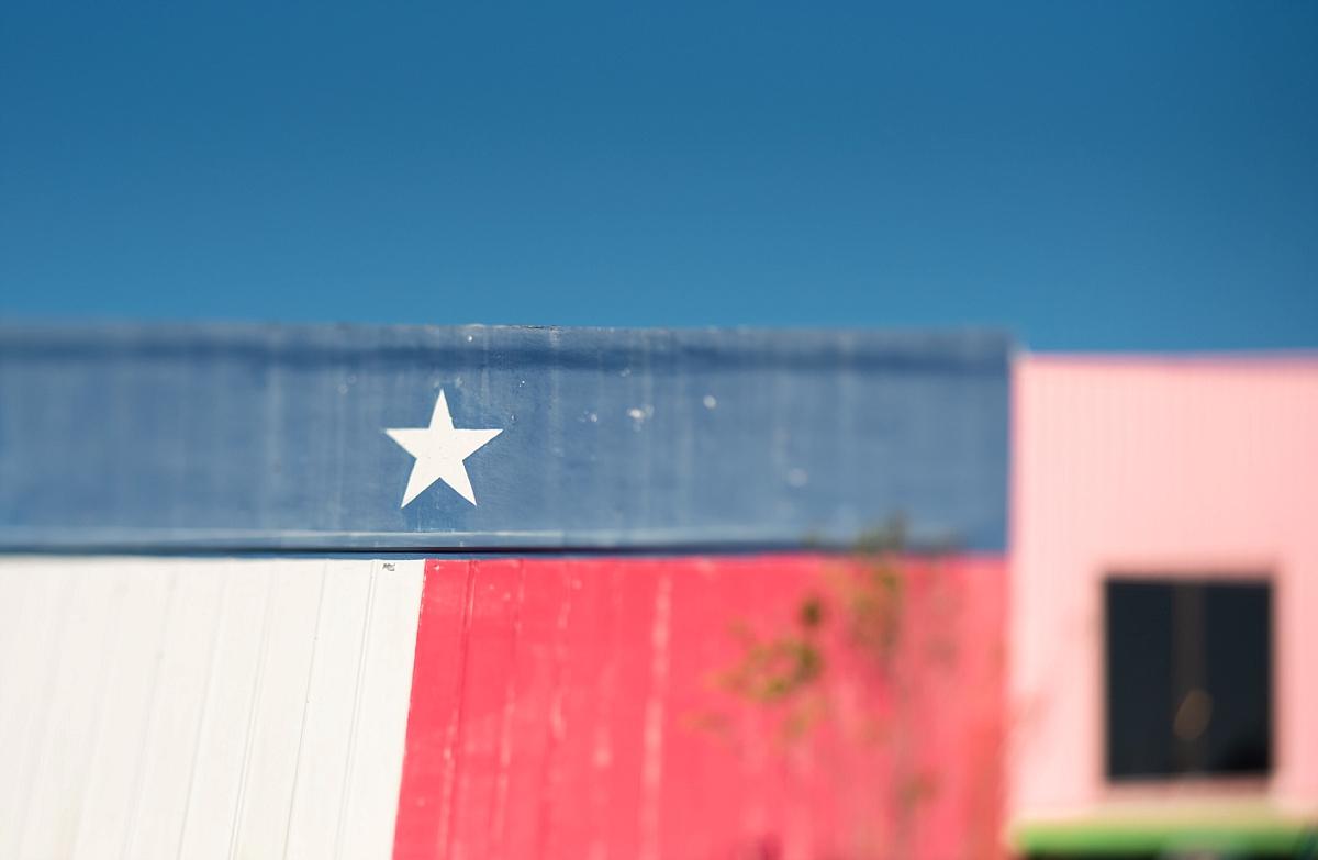 Mae Burke Rockport Texas Clickin Walk-8.JPG