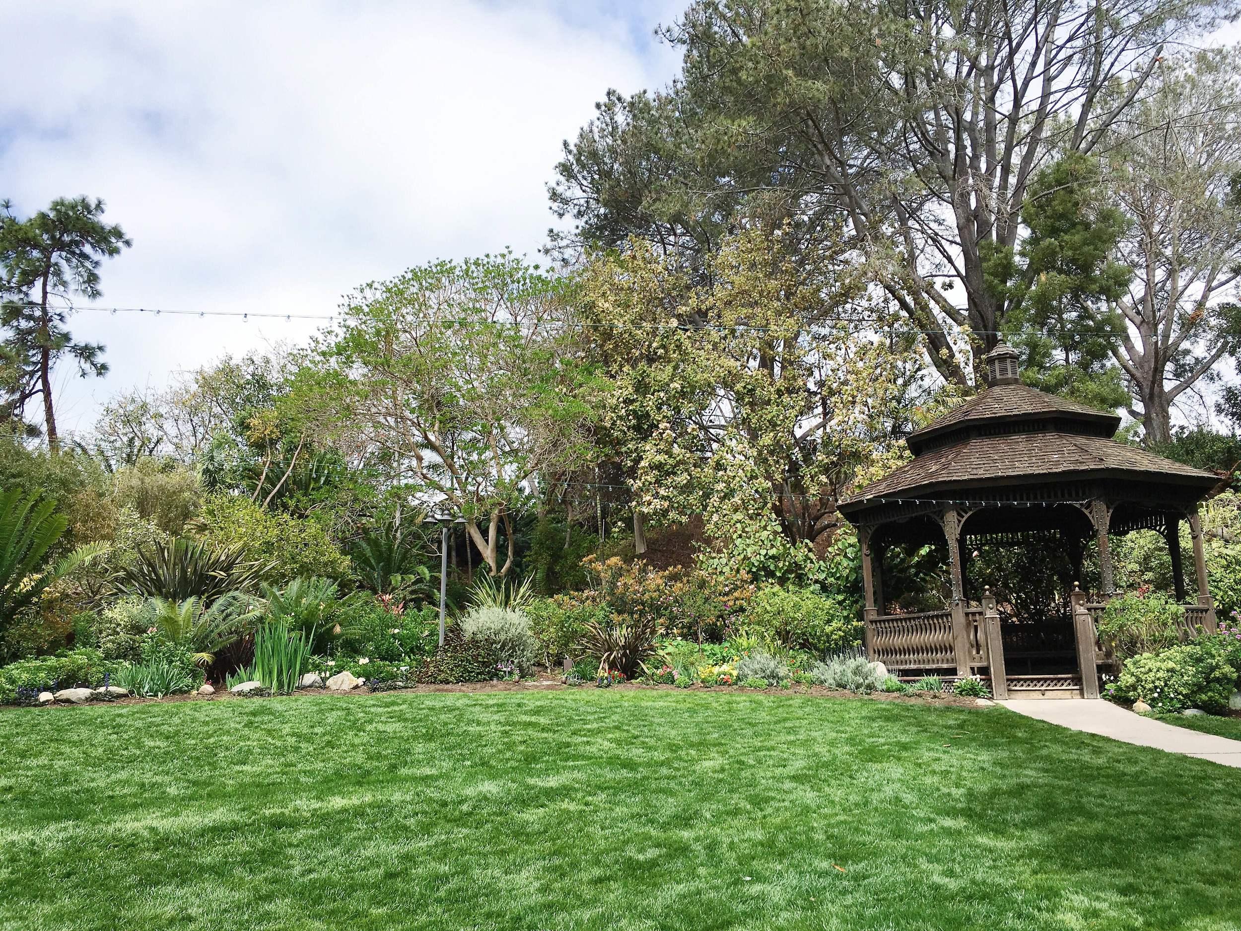 SD Botanic Garden Gazebo Lawn