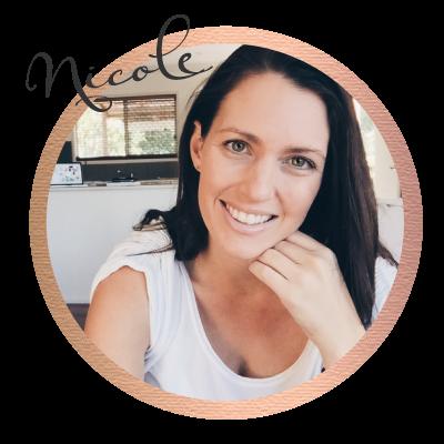 Nicole De ValterCustomer Relations Coordinator & Web-Designer -