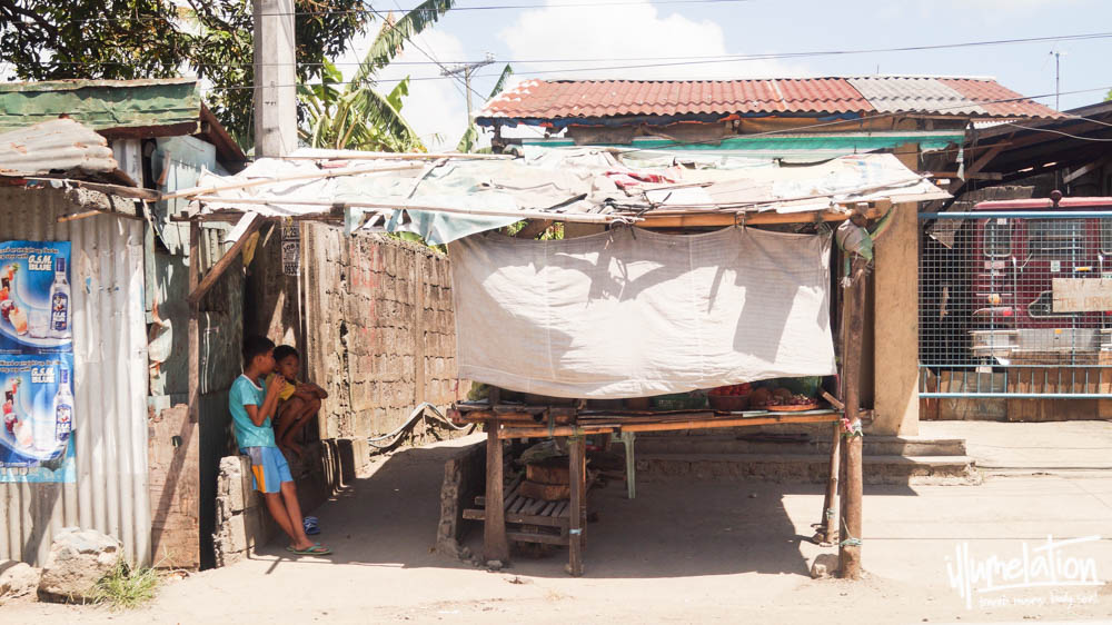Manila Philippines Shanty Shop Sari Sari Young Boys Slums 2015.