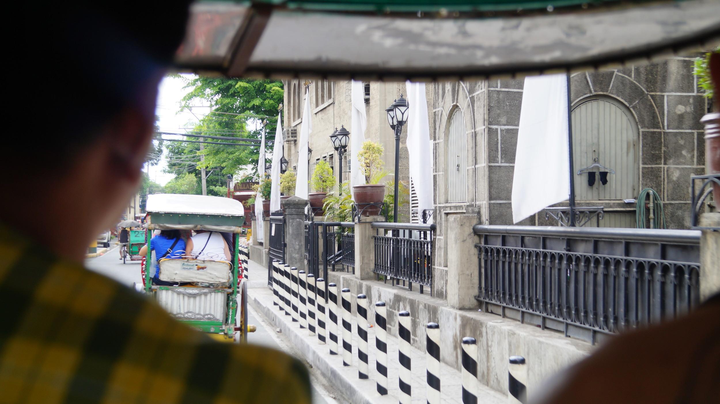 Intramuros tour Manila. Carlos Celdran. Horse carriage. Citadel Spanish. 2015.