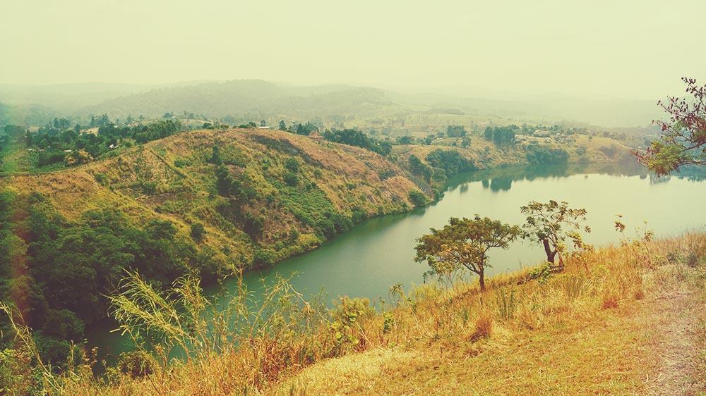 illumelation-nyinabulitwa-crater-lakes-uganda-kibale-forest-view-top-of-the-world-2.jpg