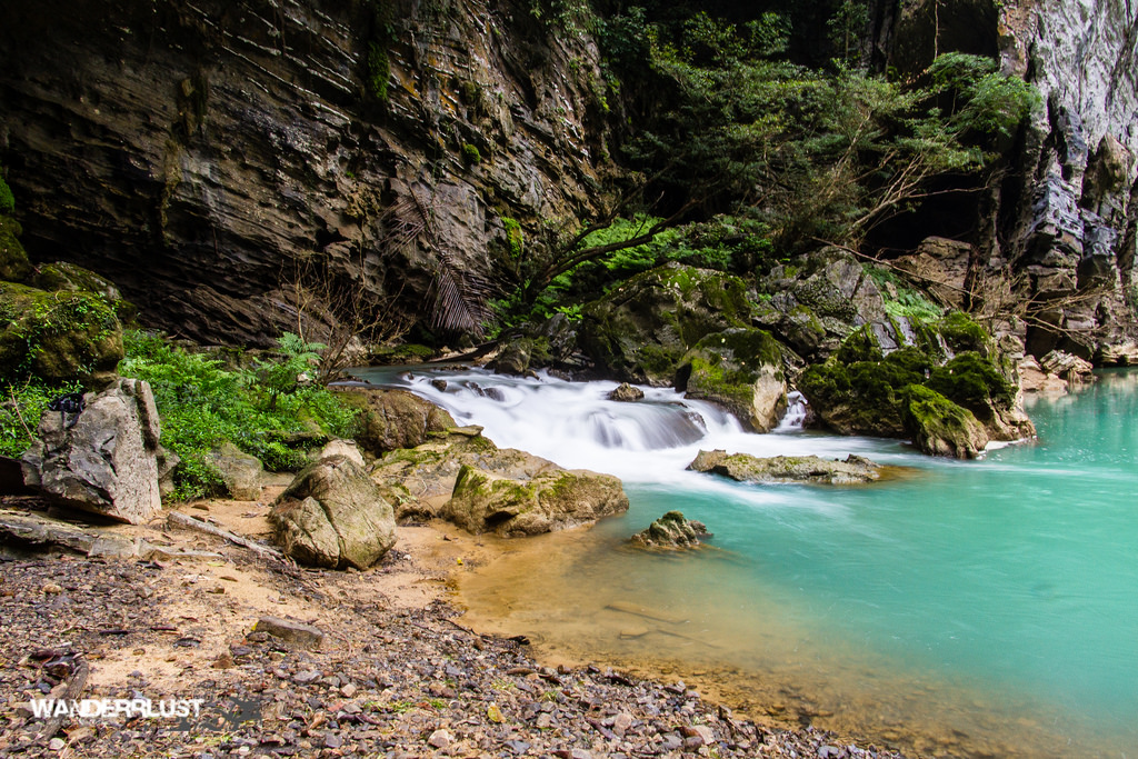 不幸的是,我的GoPro存储卡坏了,所有关于瀑布和洞穴河流的精彩镜头都永远消失了。感谢Oxalis和wandererlust的Courtney让我借了他们漂亮的照片!