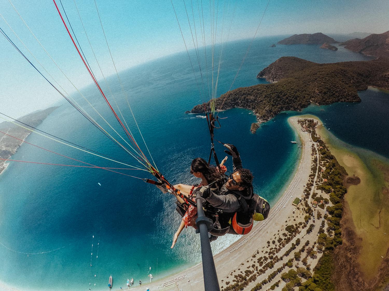 梅尔在土耳其达拉曼的Oludeniz Blue Lagoon滑翔伞(92位中的91位)