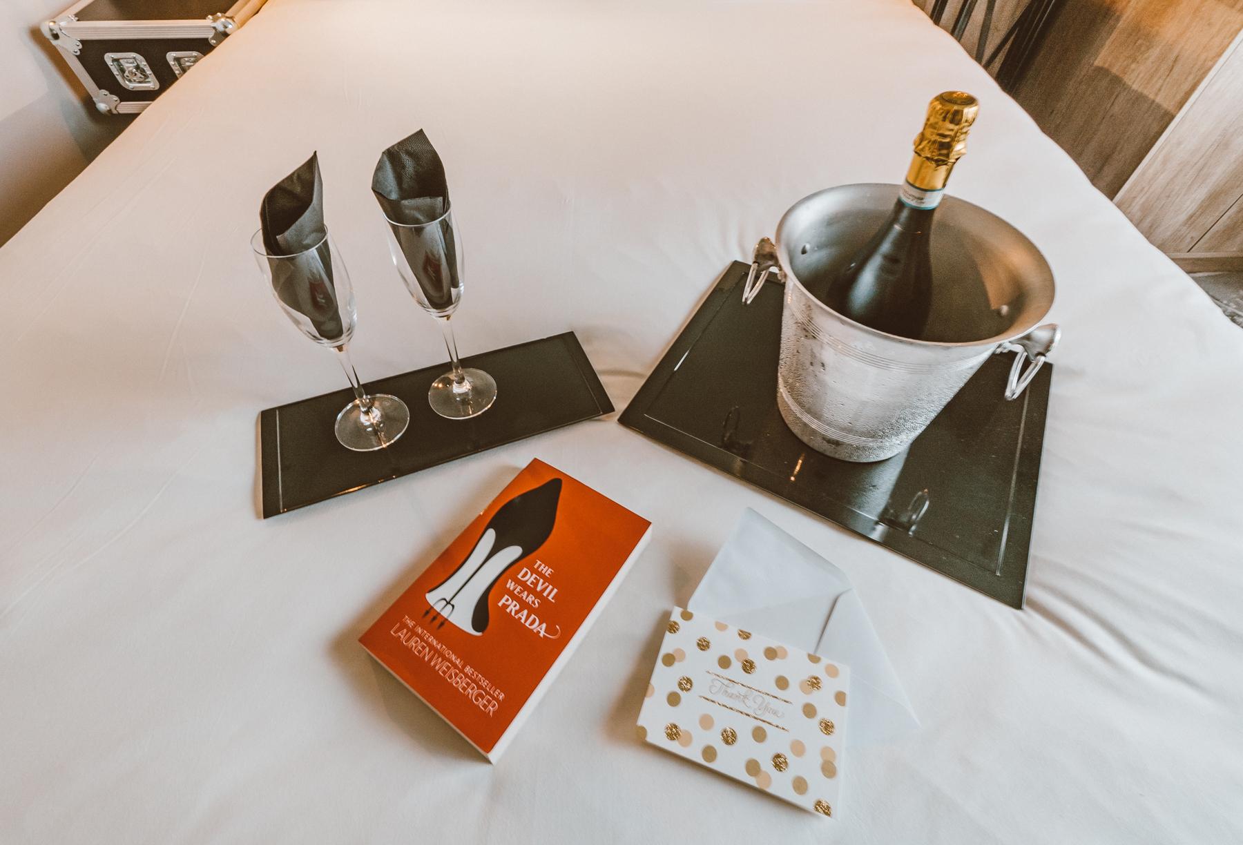 Ibis Styles Ealing Room & Lobby Review (4 of 14).jpg