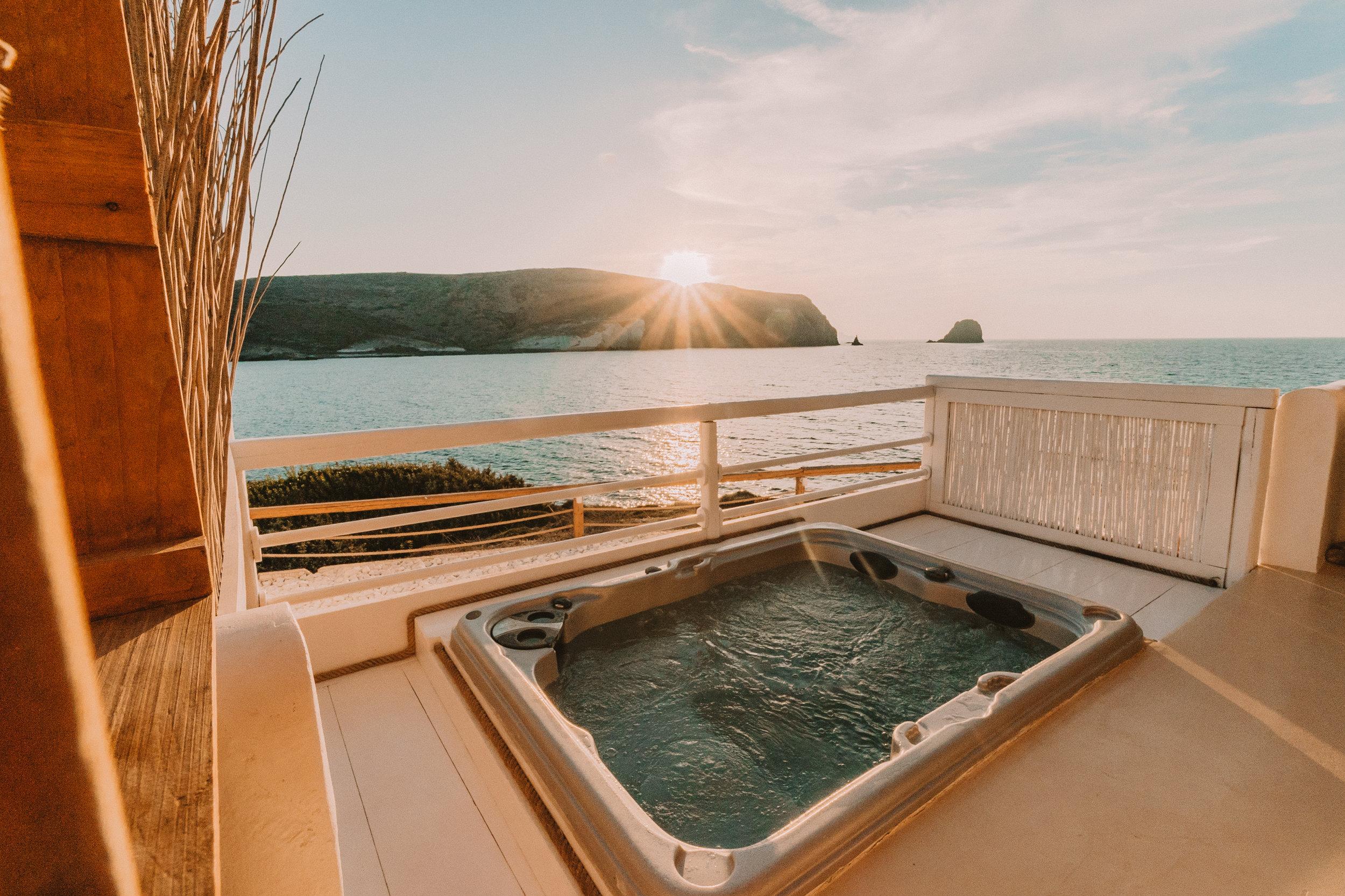 Salt Milos Outdoor Hot Tub - illumelation