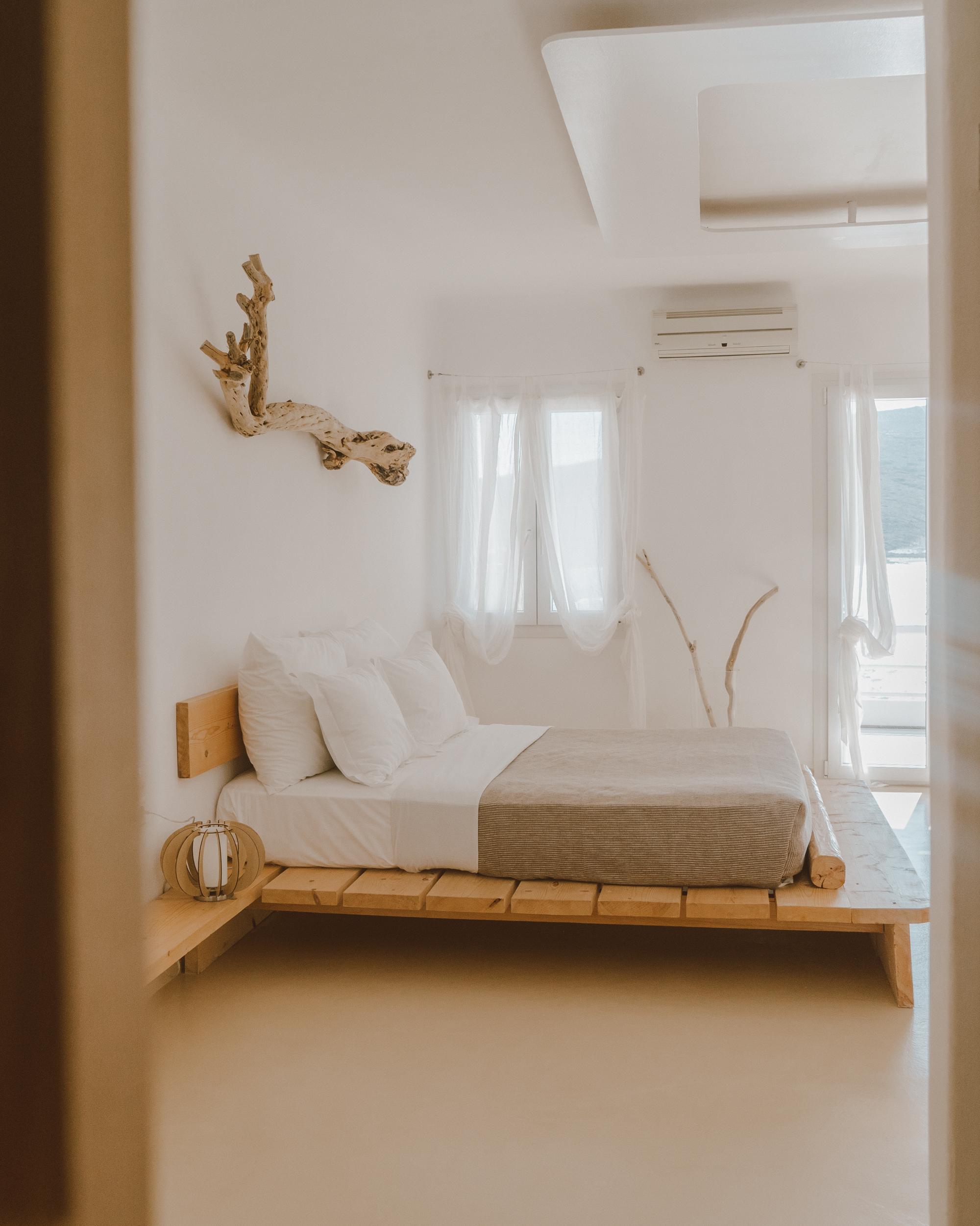 Salt Milos Bedroom - illumelation (1 of 2).jpg