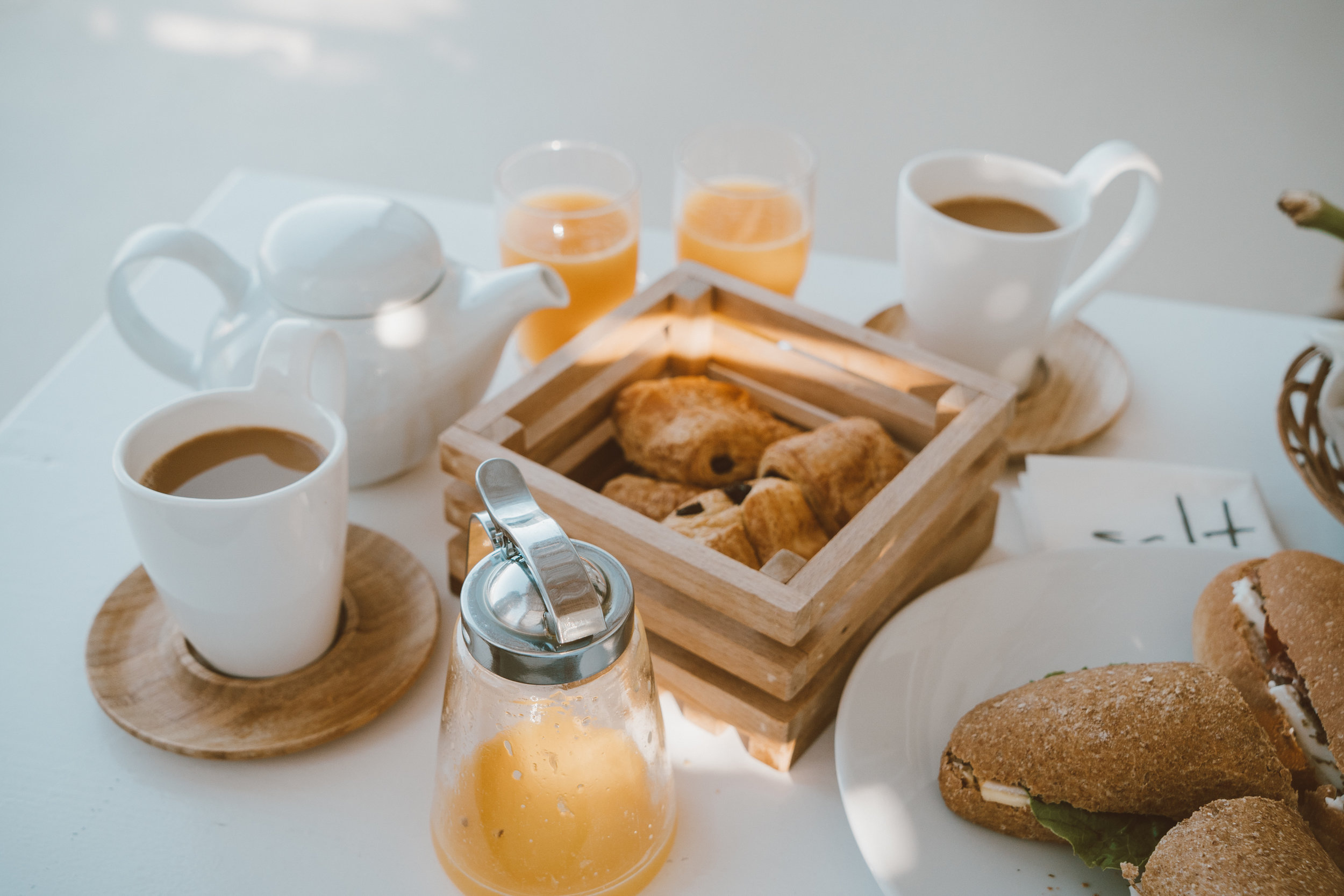 Salt Milos Breakfast Review - illumelation