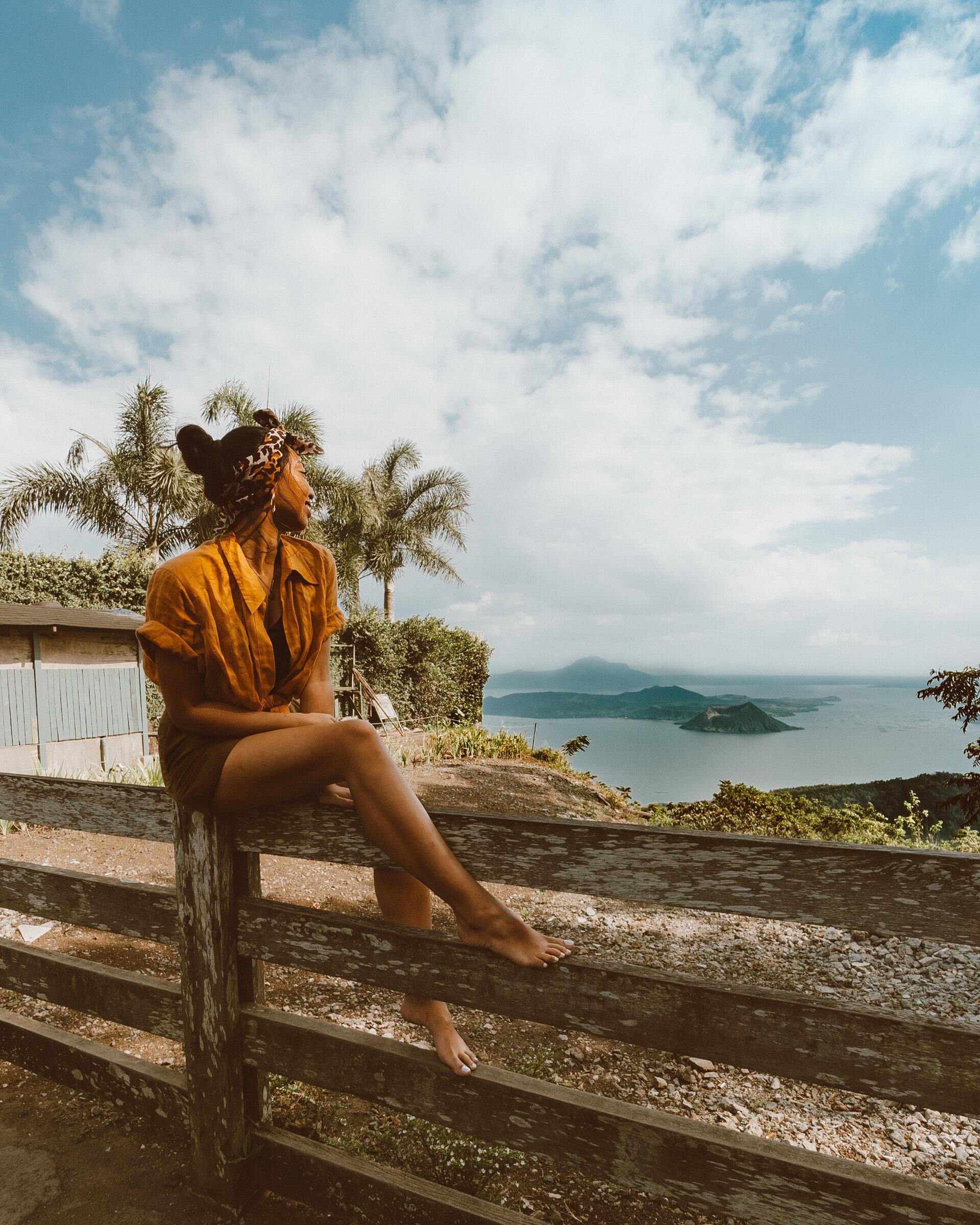 欣赏塔阿尔火山和塔阿尔火山口湖在Tagaytay, Cavite,吕宋岛