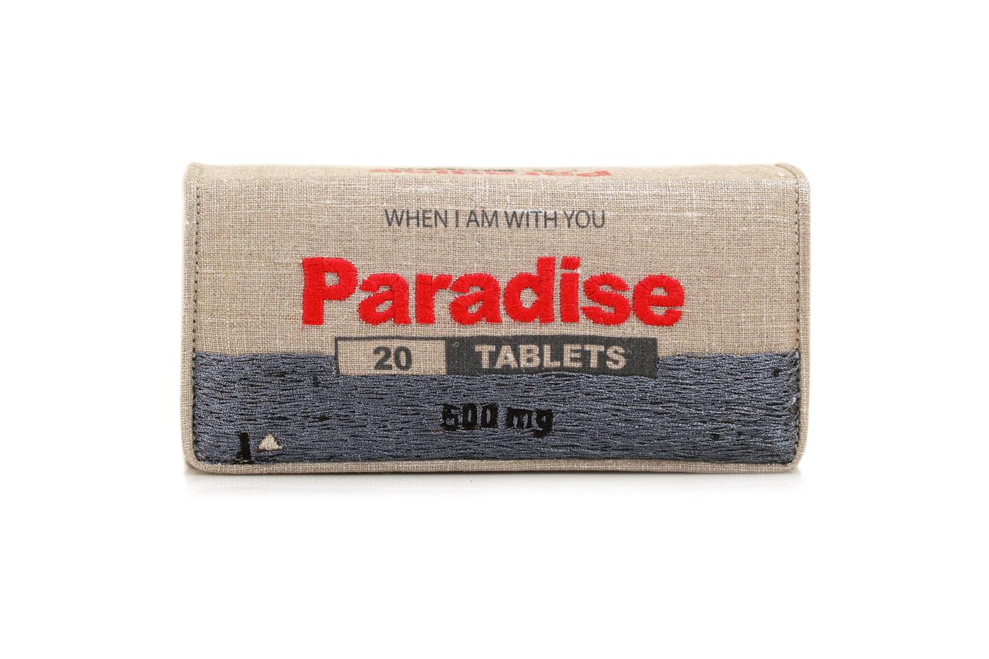 Paradise Silver Case1.jpg