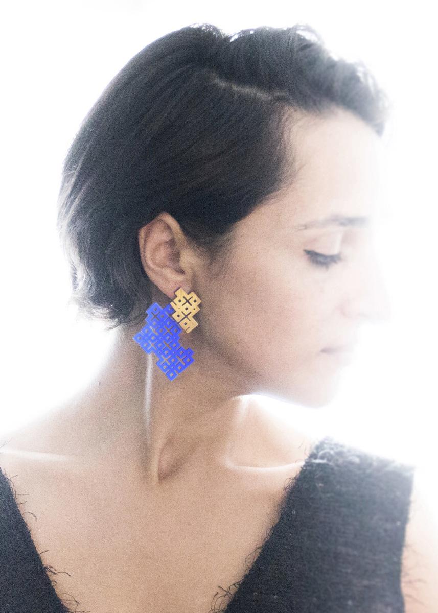 NARINÉE earring2.jpg