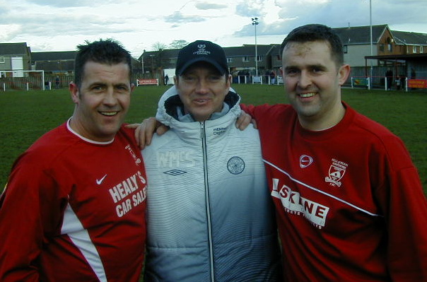 Haws legend 'Nobby' McNab joins Celtic youth coach Willie McStay and Bruce for an after match chat.
