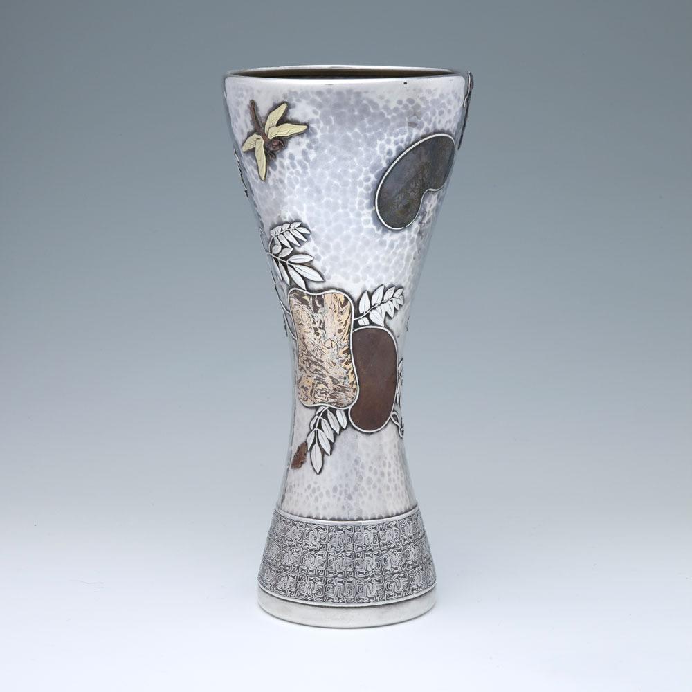V8538-Vase-tran-web.jpg