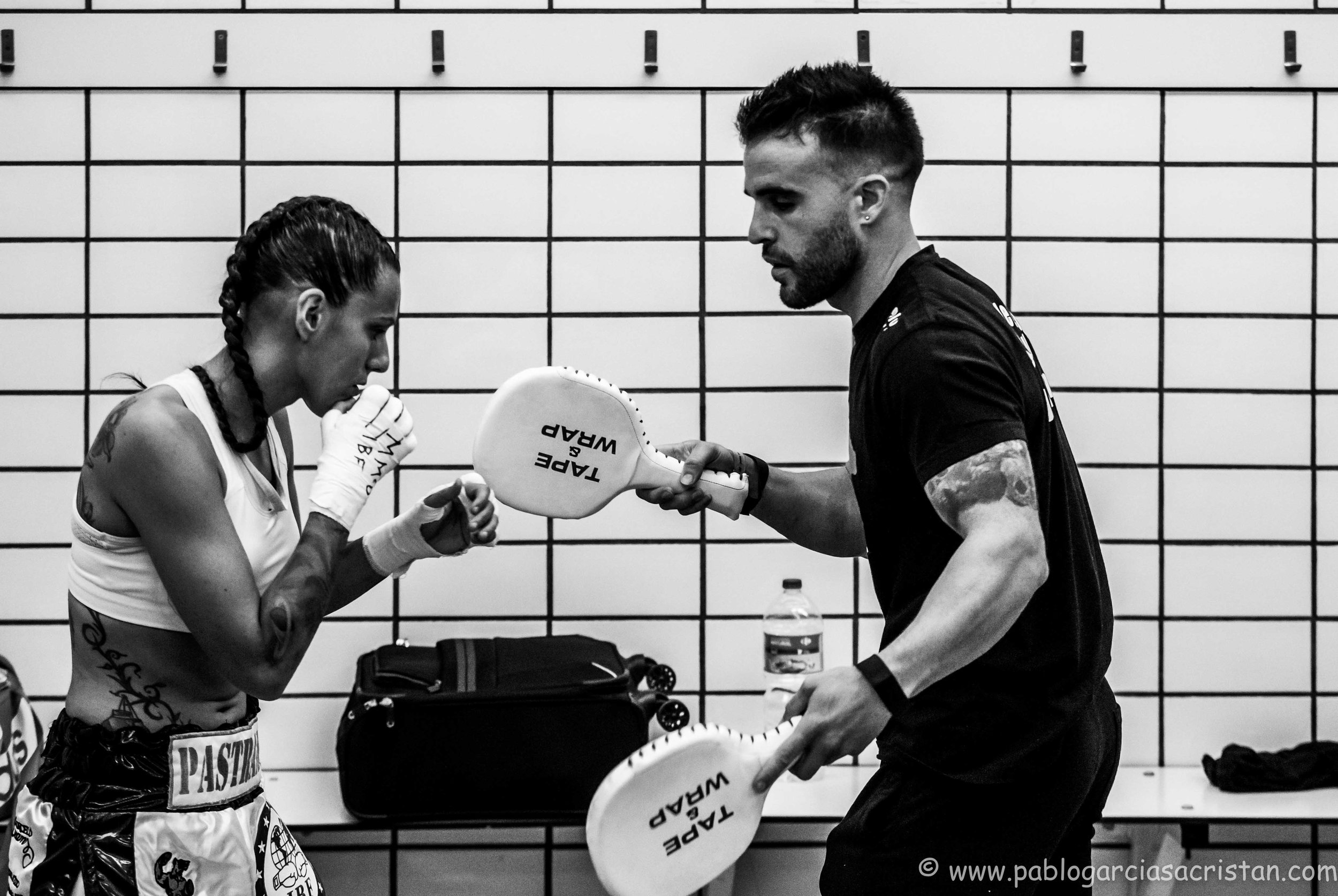 boxeo blanco y negro.jpg