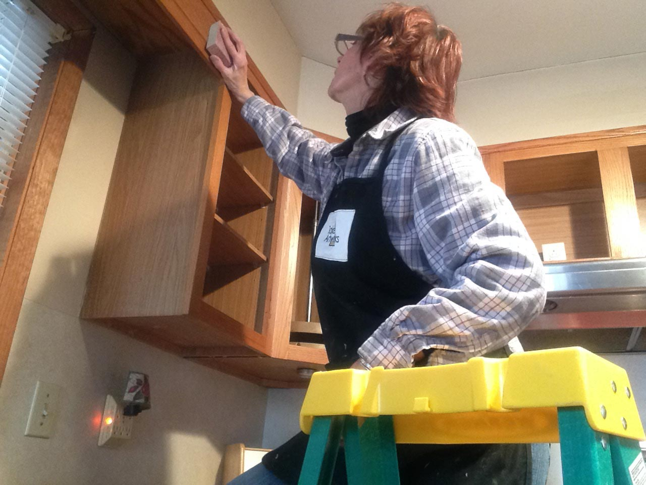 Judi-Stone-kitchen-cabinet-makeover-before-4.jpg