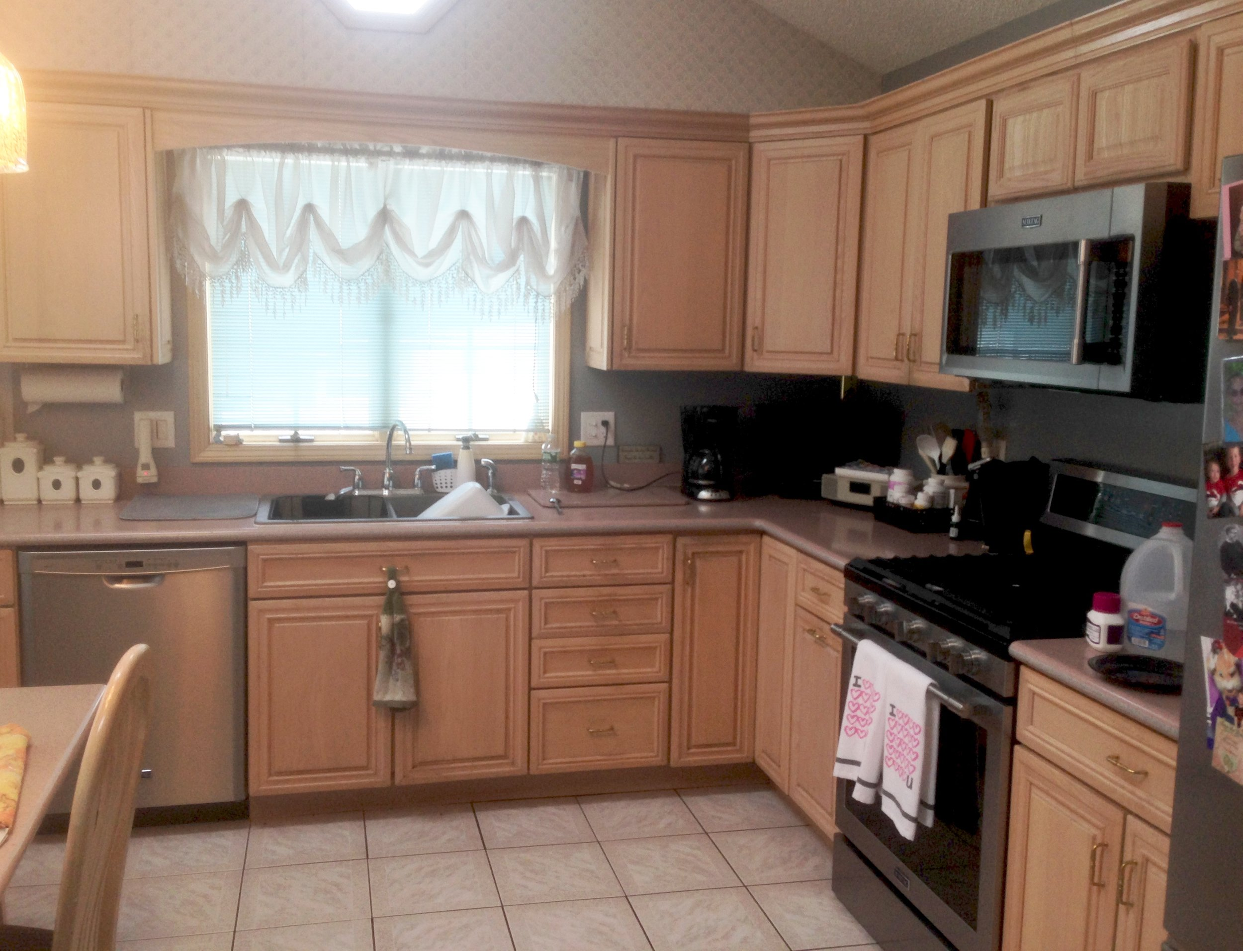 A new fresh look for this Albany kitchen preserving its good bones!