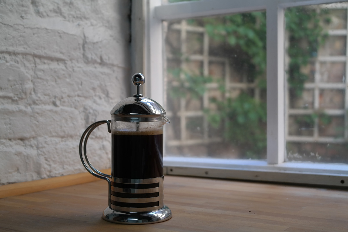 Now your coffee is ready to pour.