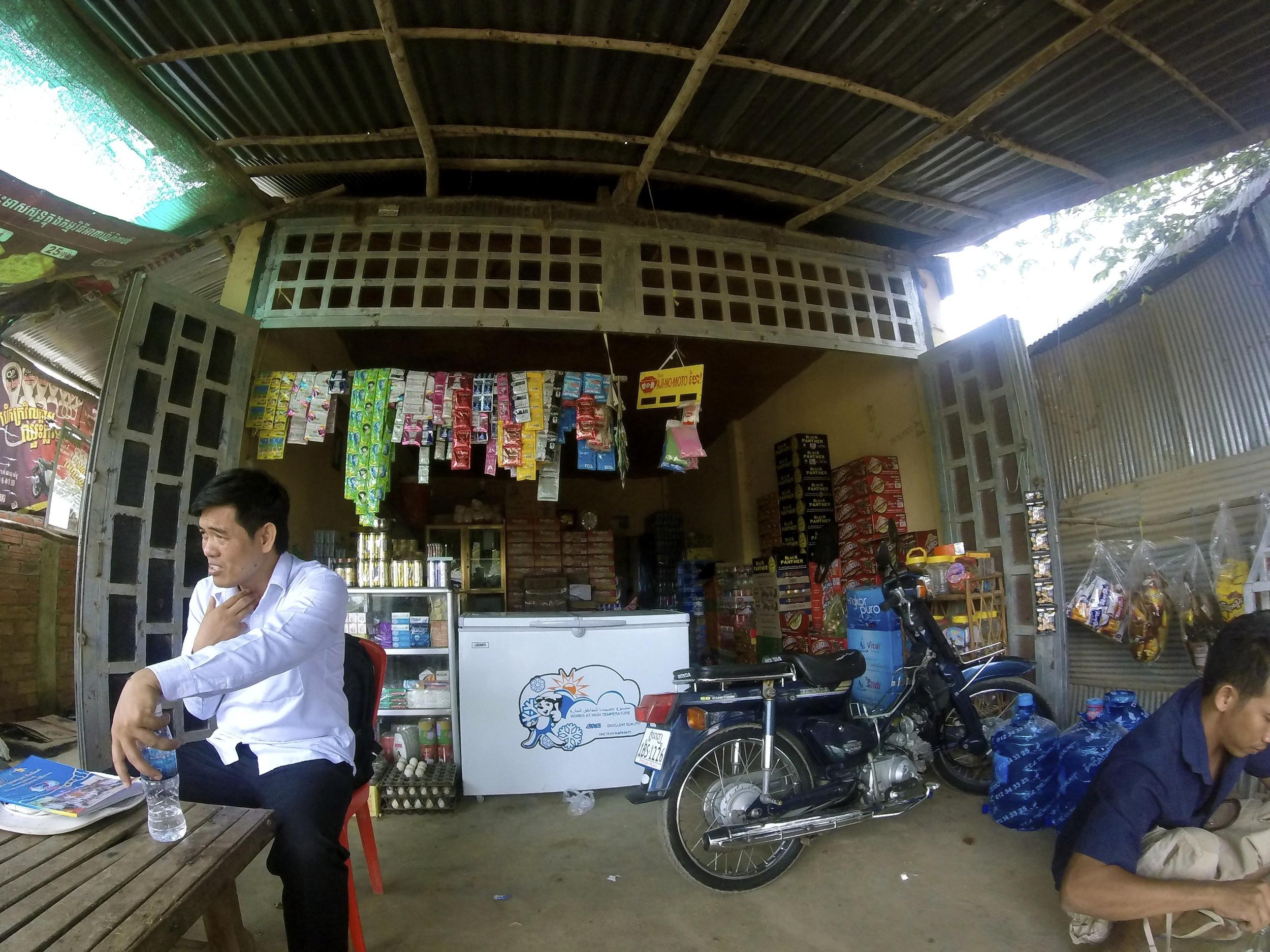 FEBi convenience store (3).JPG