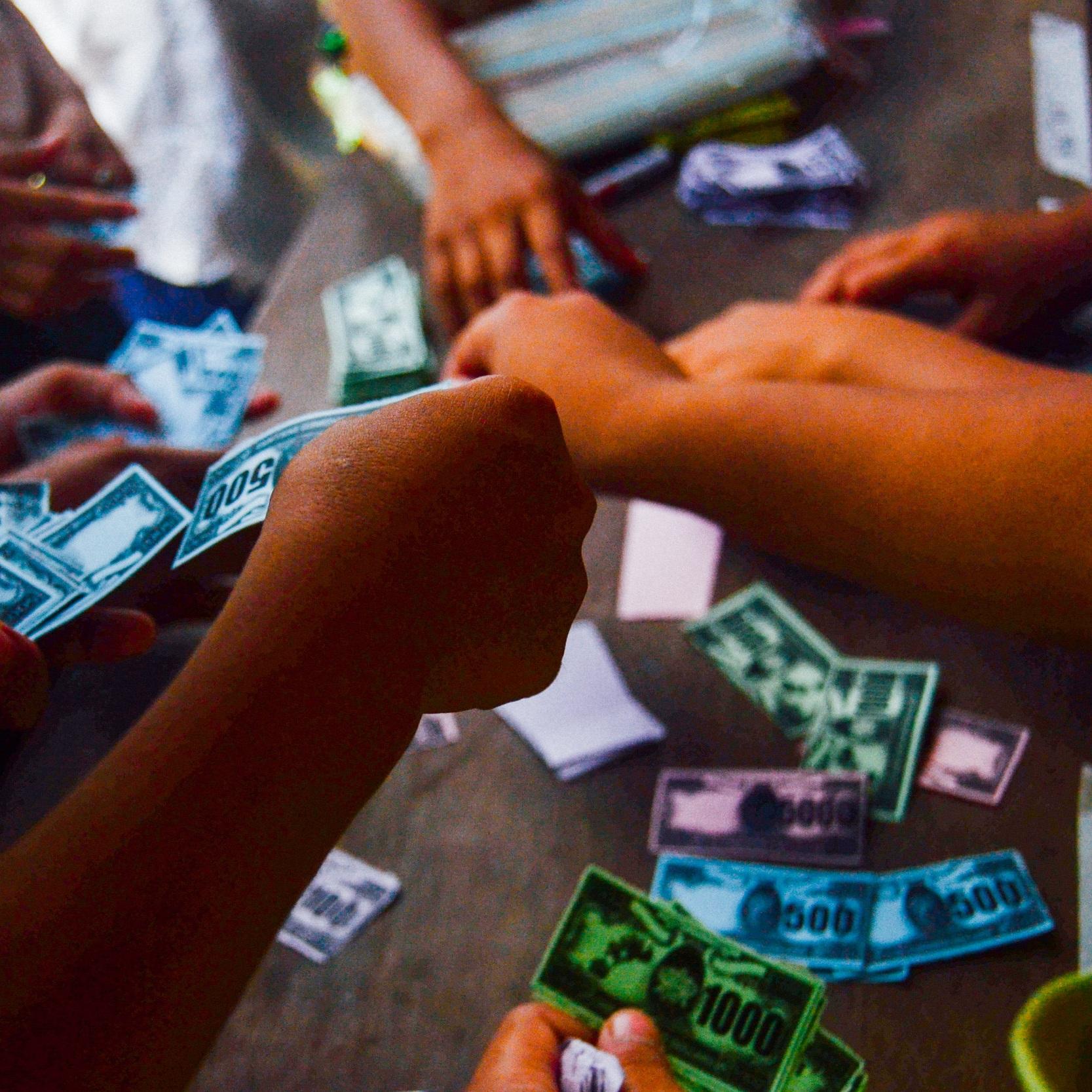 Microfinance, Macroimpact -