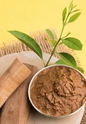 Sacred Union uses fine Mysore AAA genuine sandalwood essential oil.