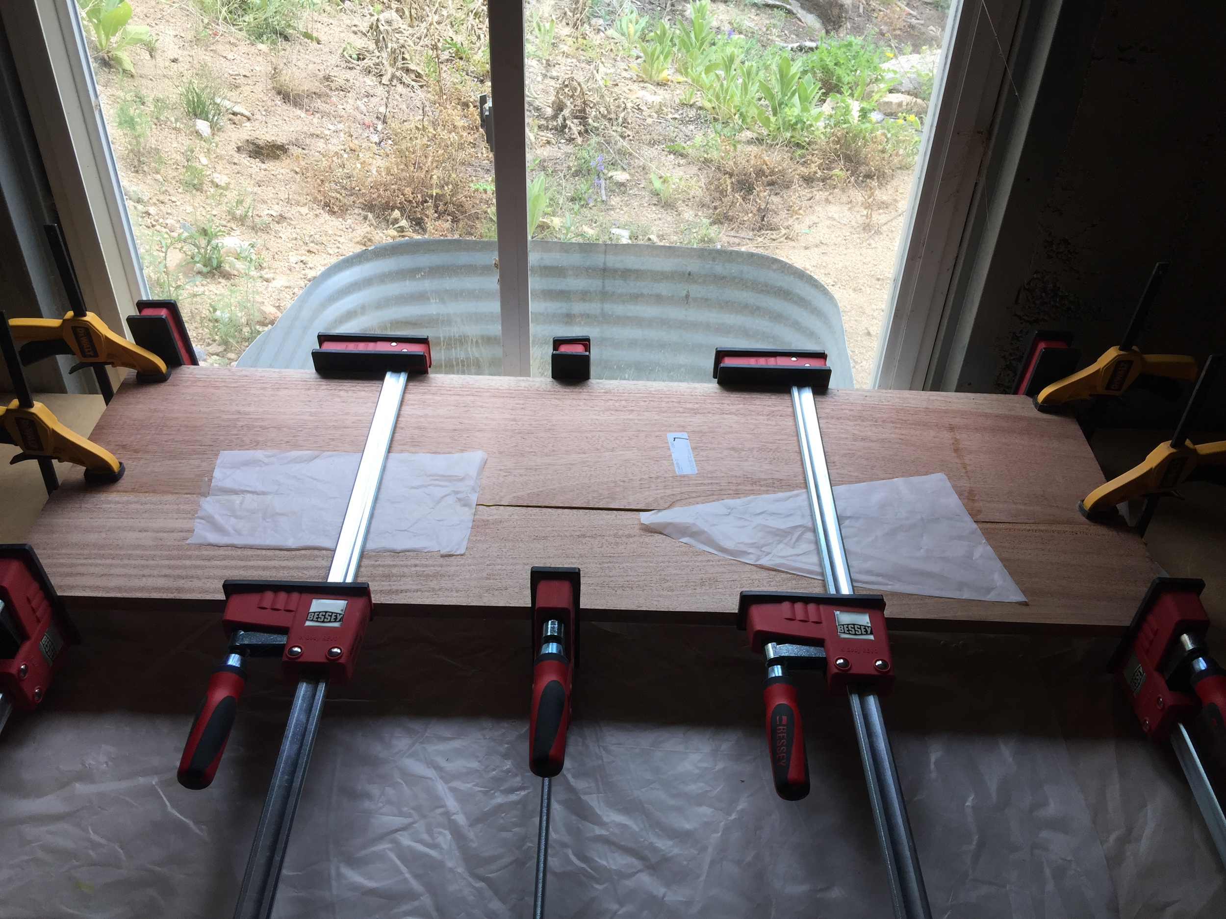Glue clamps