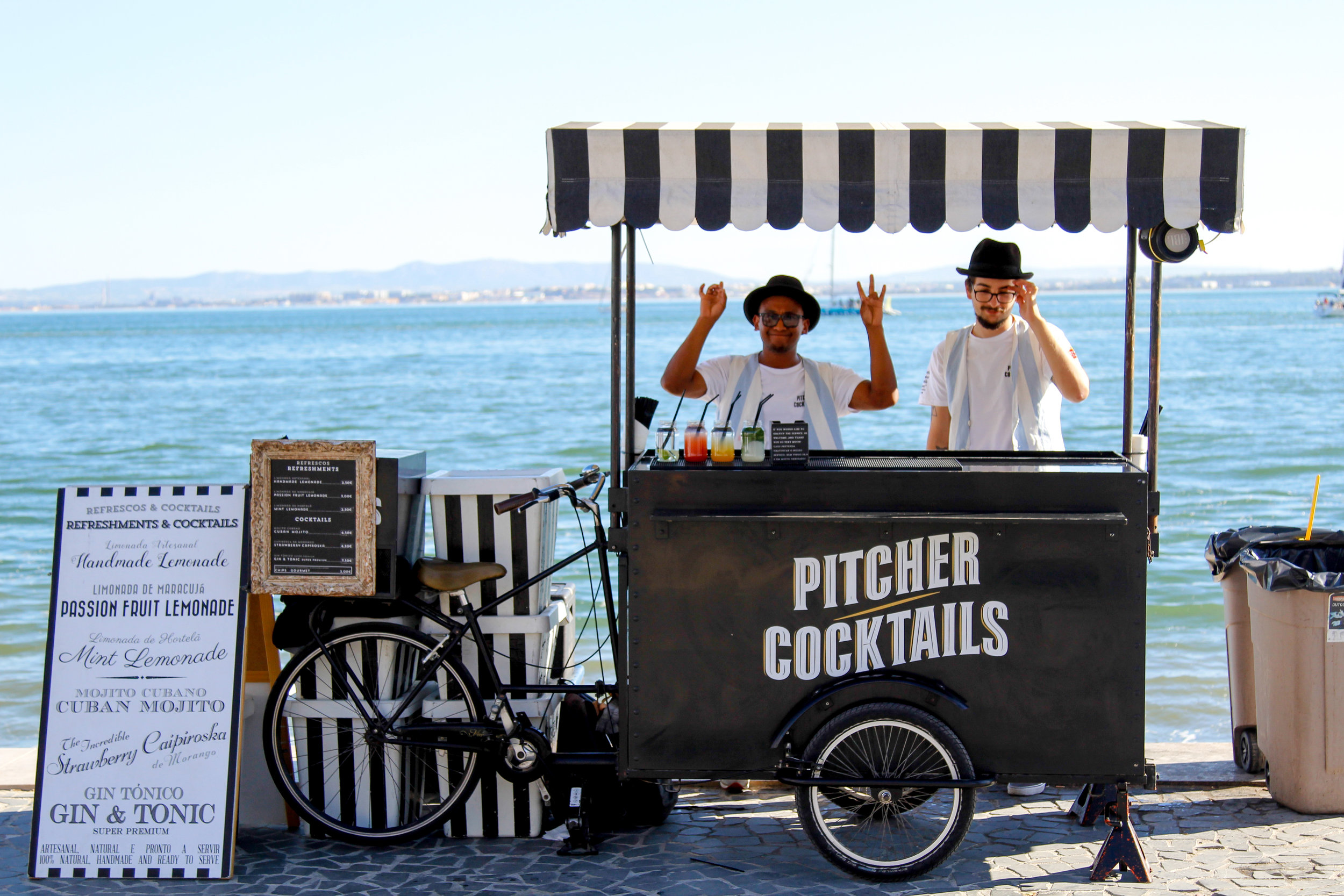 Isn't this the CUTEST cocktail stand, ever? Spotted along the waterfront in Lisbon.