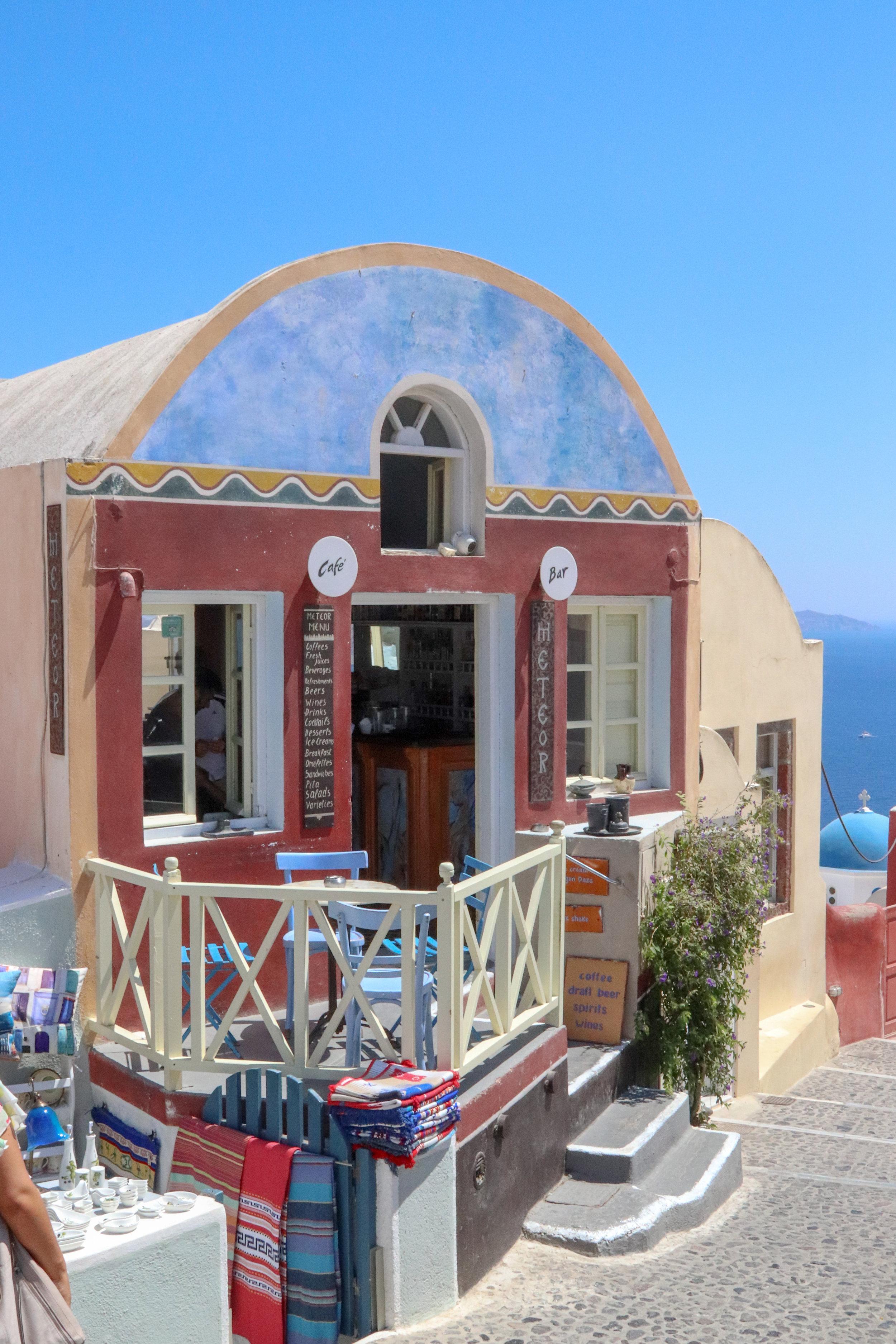 Meteor Cafe in Oia, Santorini