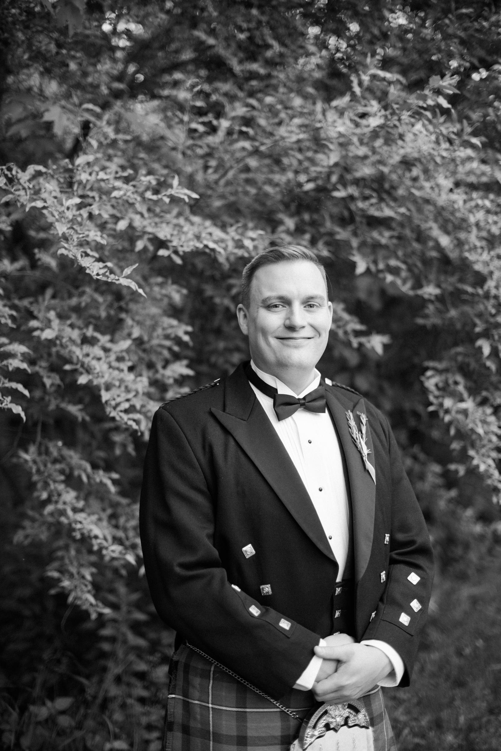Hartford Area Wedding Photographers