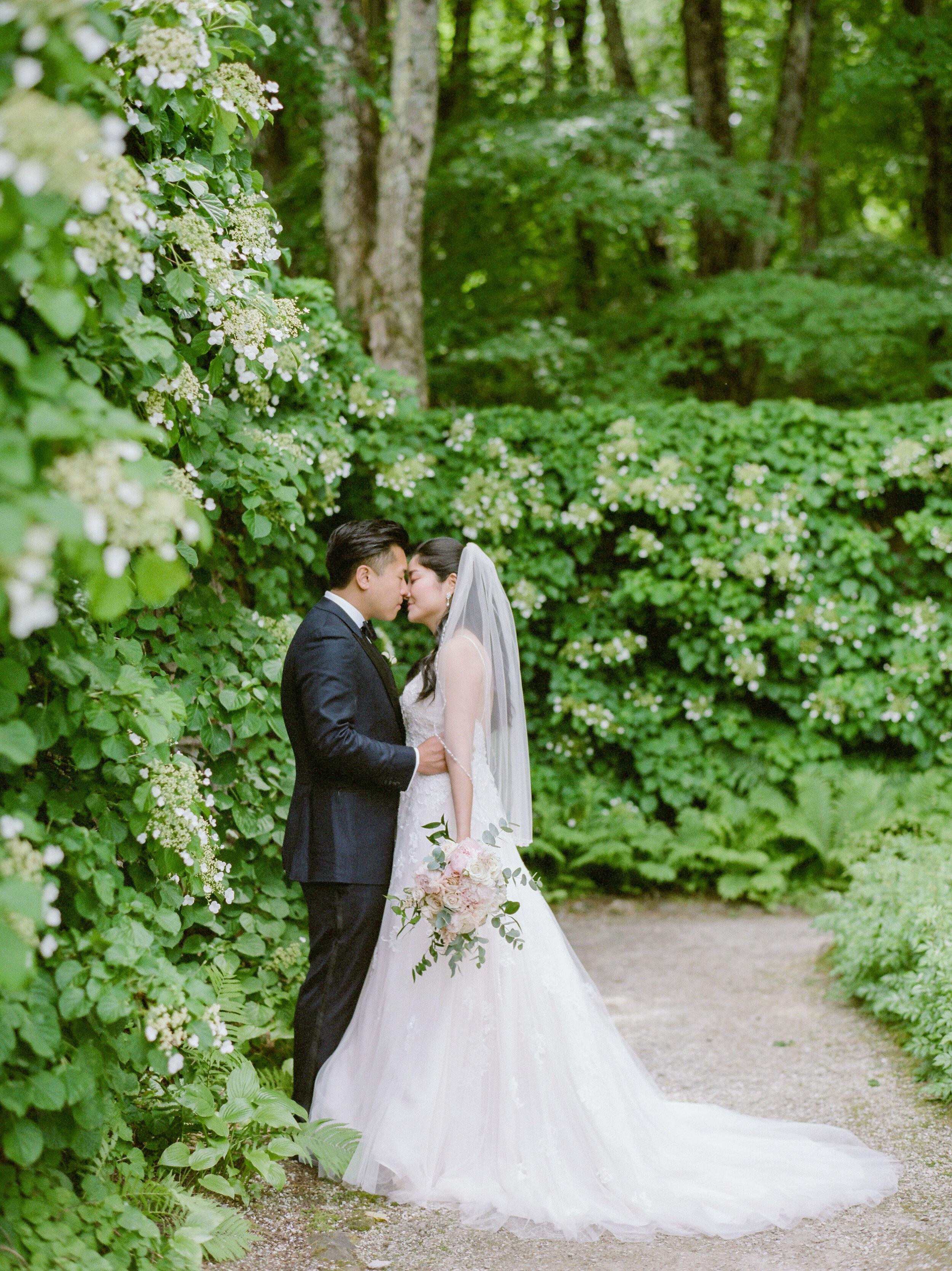 Estate Garden Weddings in Massachusetts